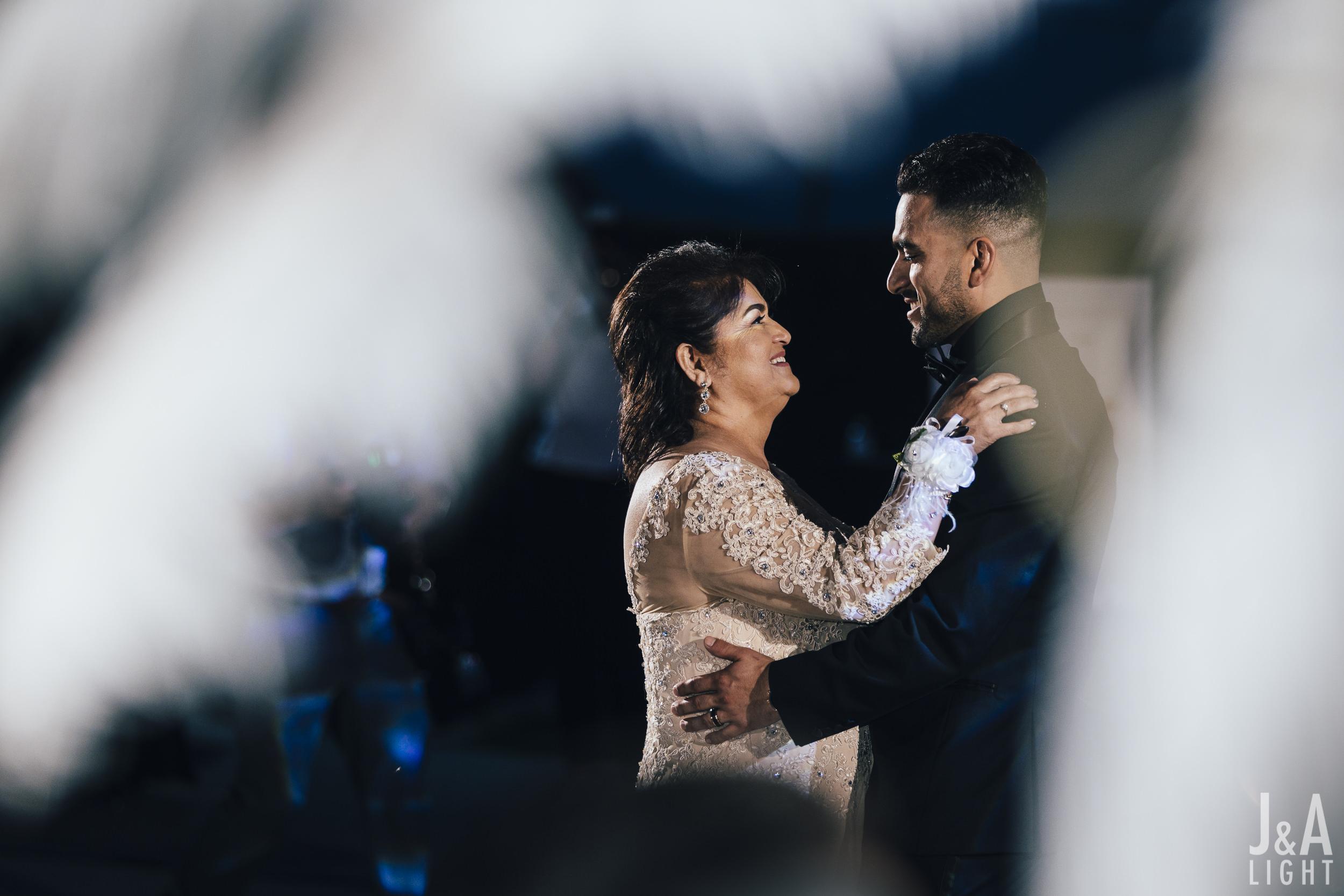 20171014-JanDan-LosBanos-GlassMansion-Wedding-Blog-067.jpg