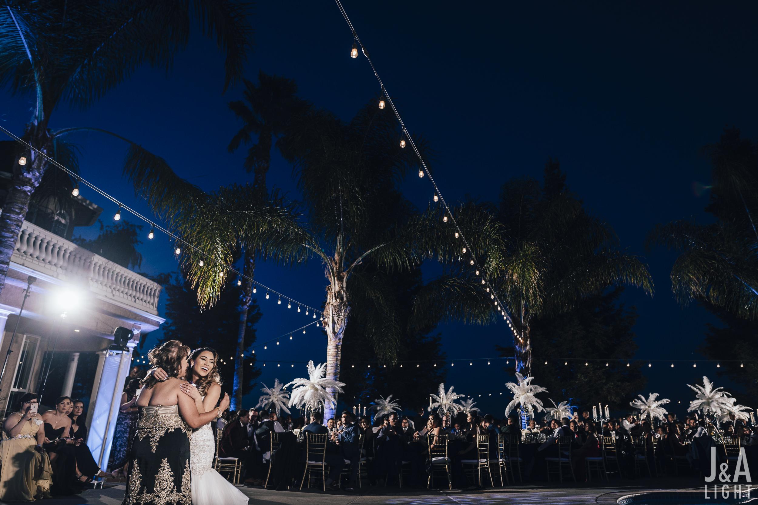 20171014-JanDan-LosBanos-GlassMansion-Wedding-Blog-068.jpg