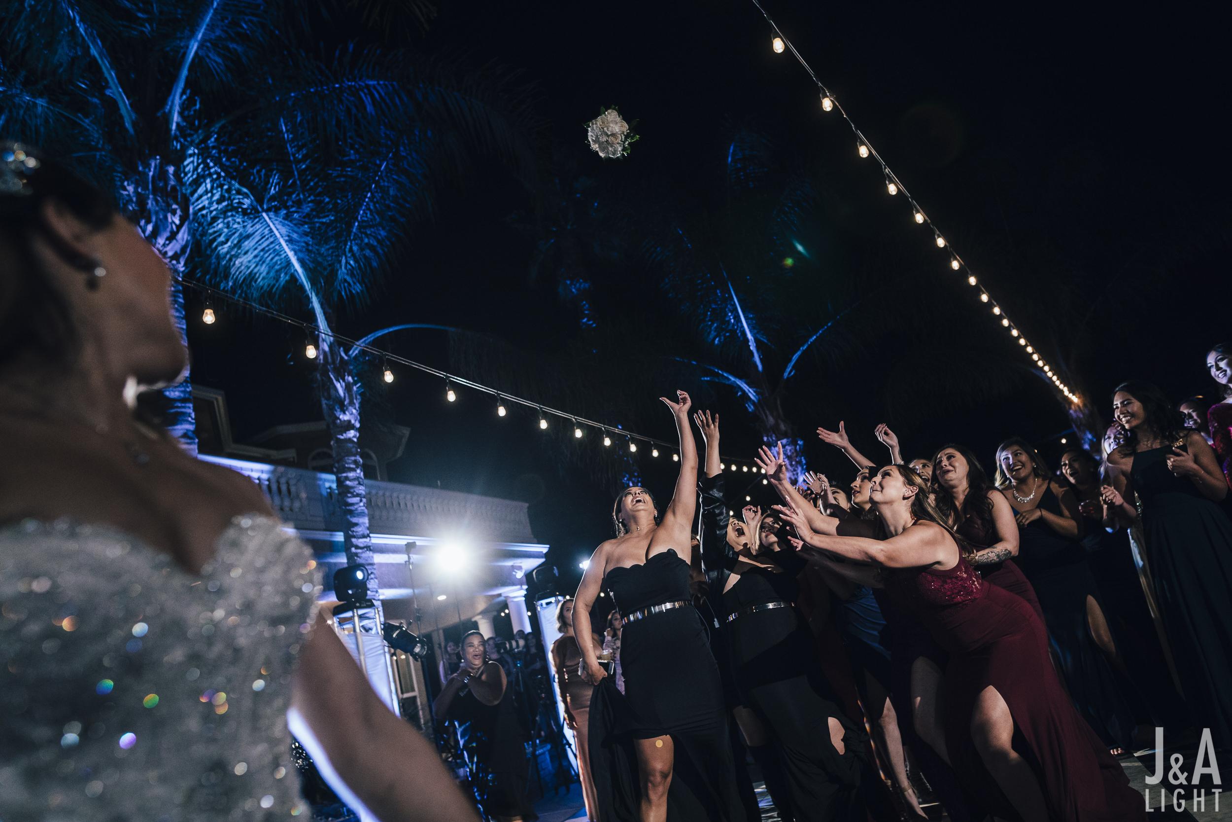 20171014-JanDan-LosBanos-GlassMansion-Wedding-Blog-084.jpg