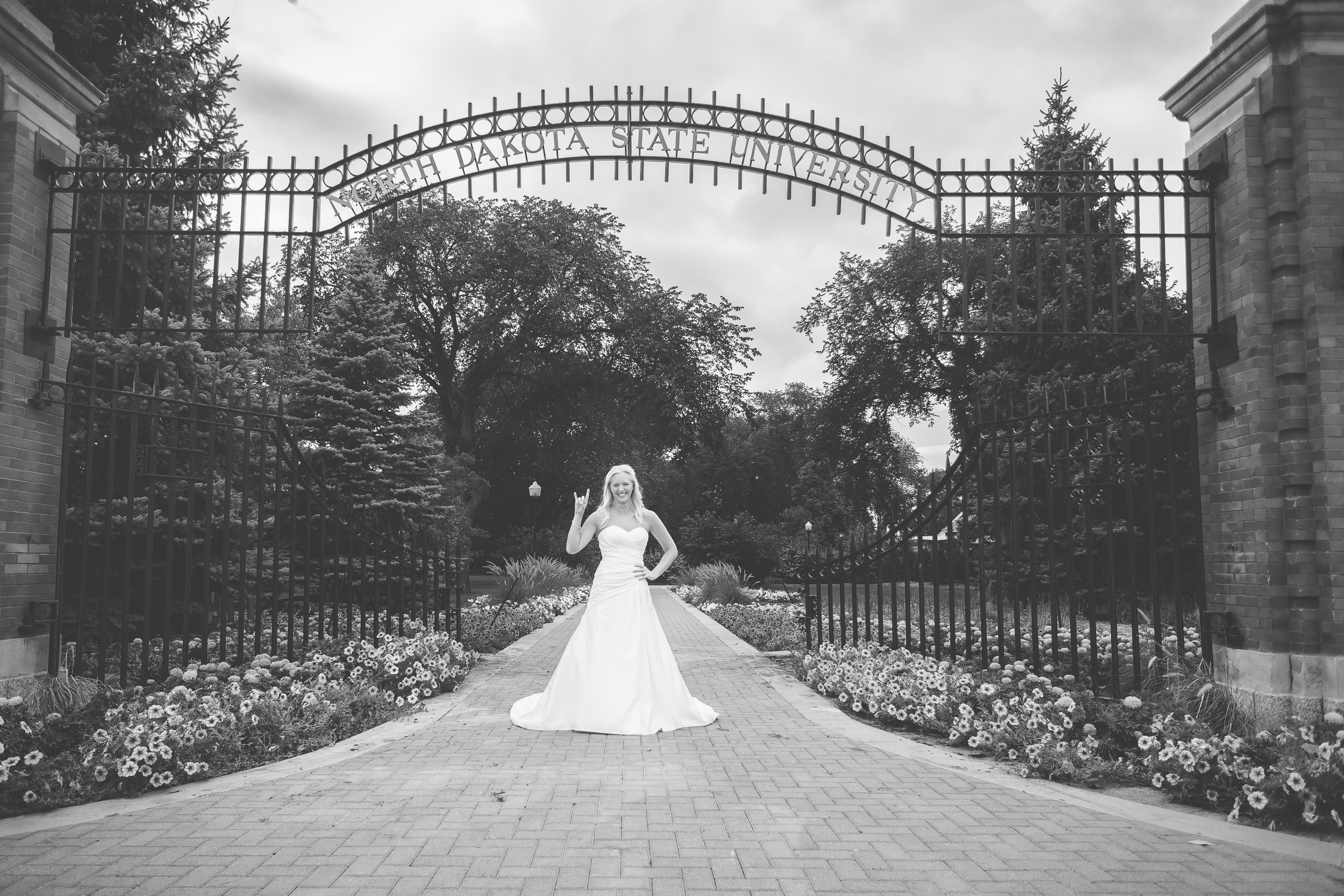 RockStarWeddings-Fargo-ND-Photography