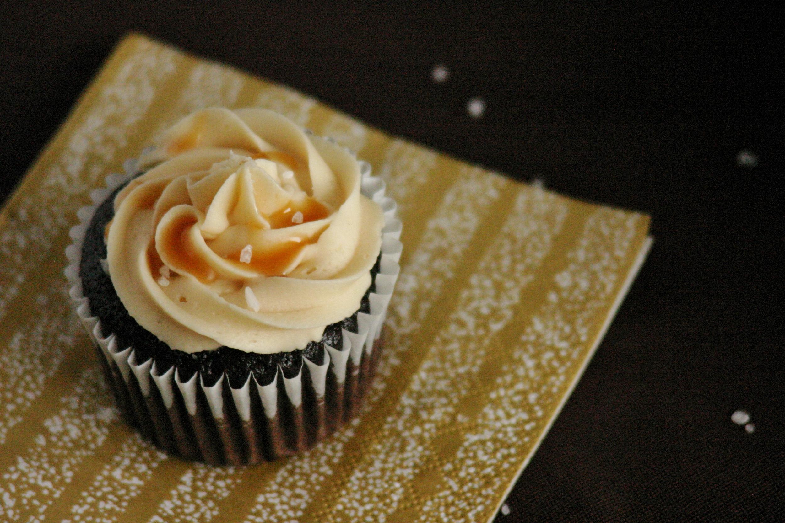 Mar 14 Salted Caramel Cupcakes 050.JPG