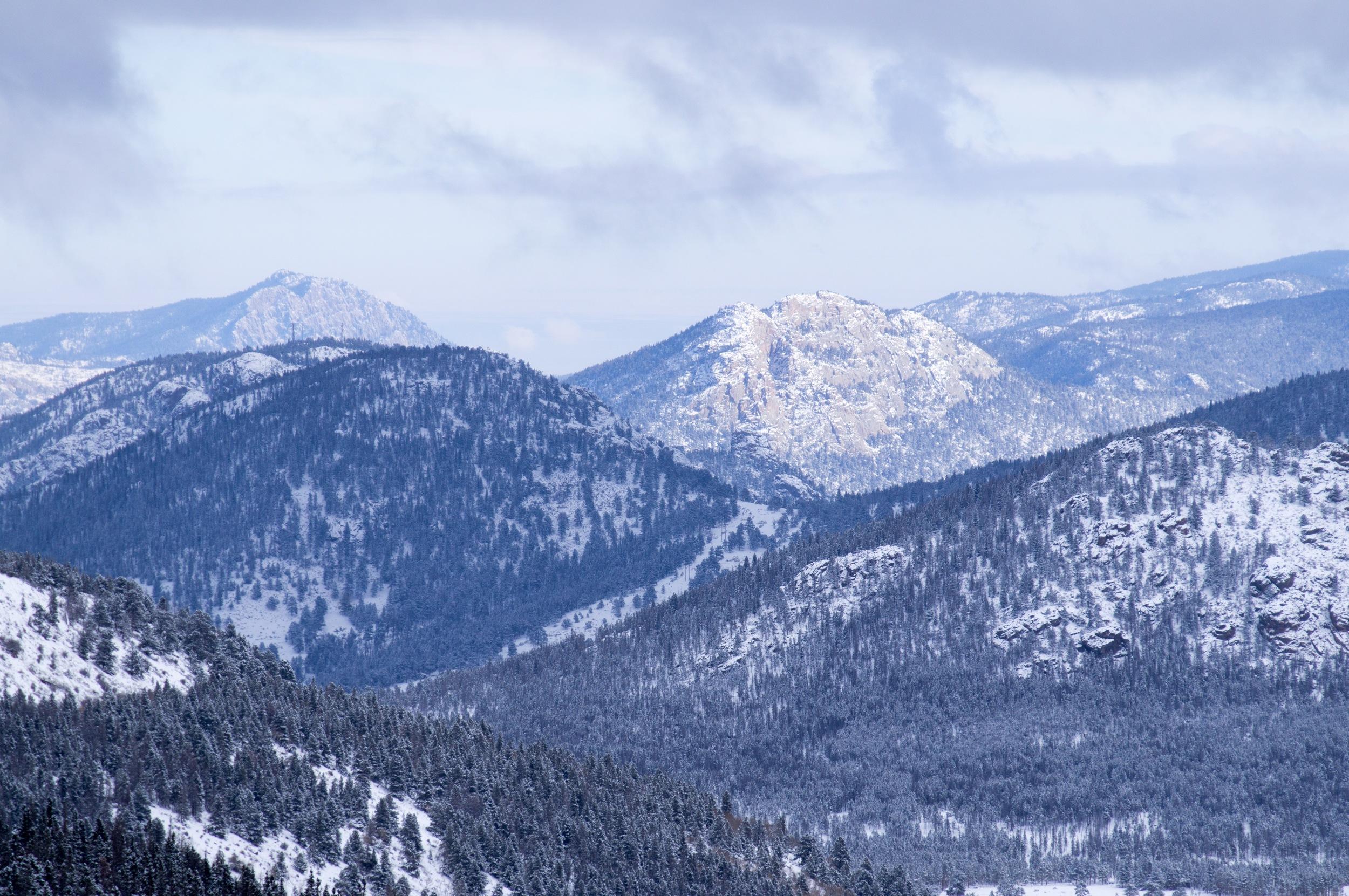 Snowshoeing the Rockies - 14.jpg