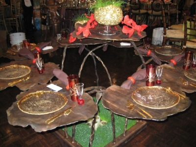 GERANIUM TABLE