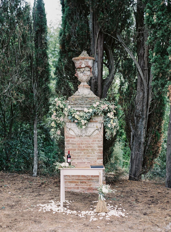 Vicki Grafton Photography | BORGO STOMENNANO Wedding Tuscan Italy | Fine Art Film Tuscan Wedding Photographer
