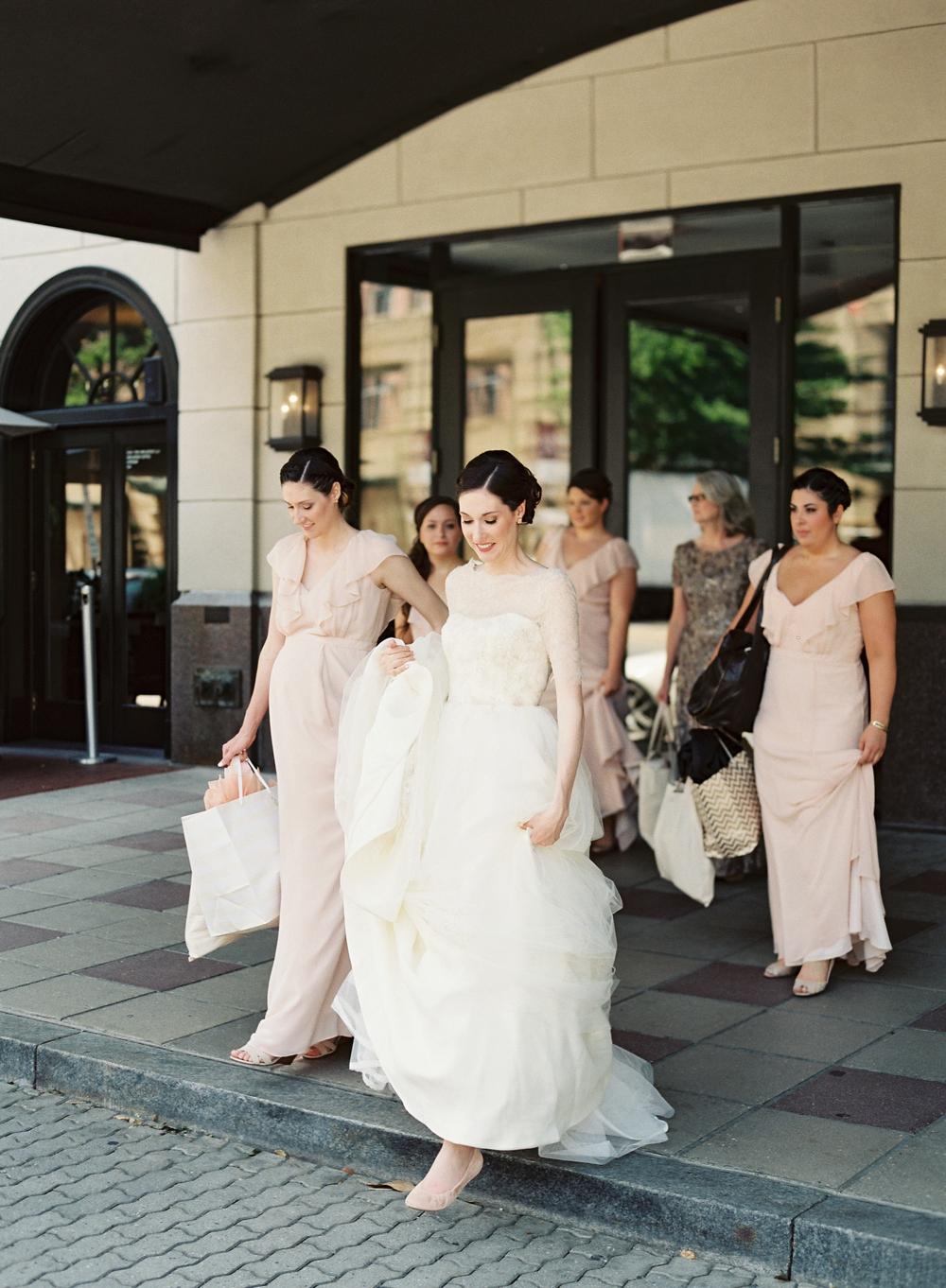 Vicki Grafton Photography - Fine Art DC Virginia Charlottesville Film Wedding Photographer_0015.jpg