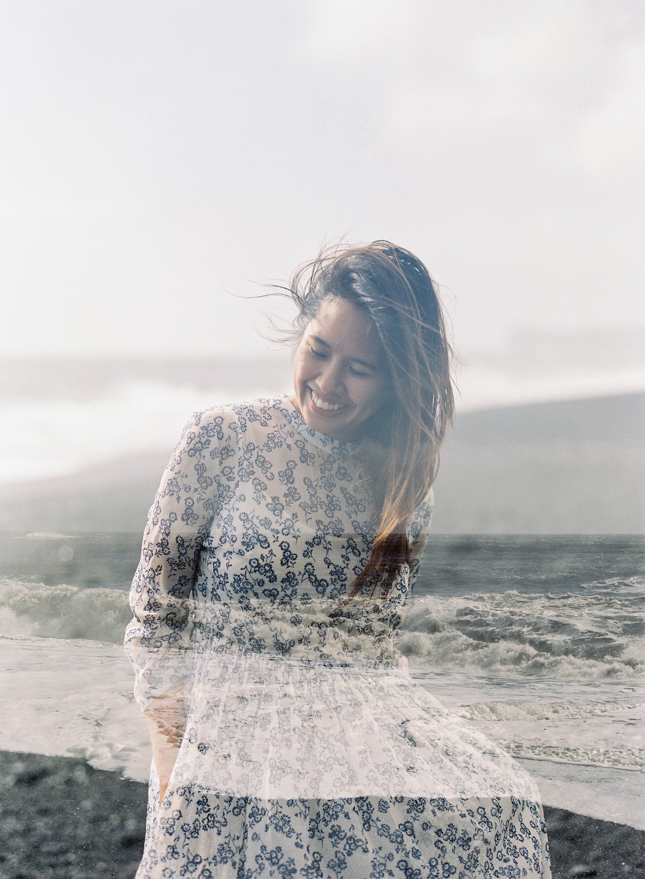 VickiGraftonPhotography-IcelandWeddingEngagementPhotographer-FineArtFilmWeddingPhotographer-219.jpg