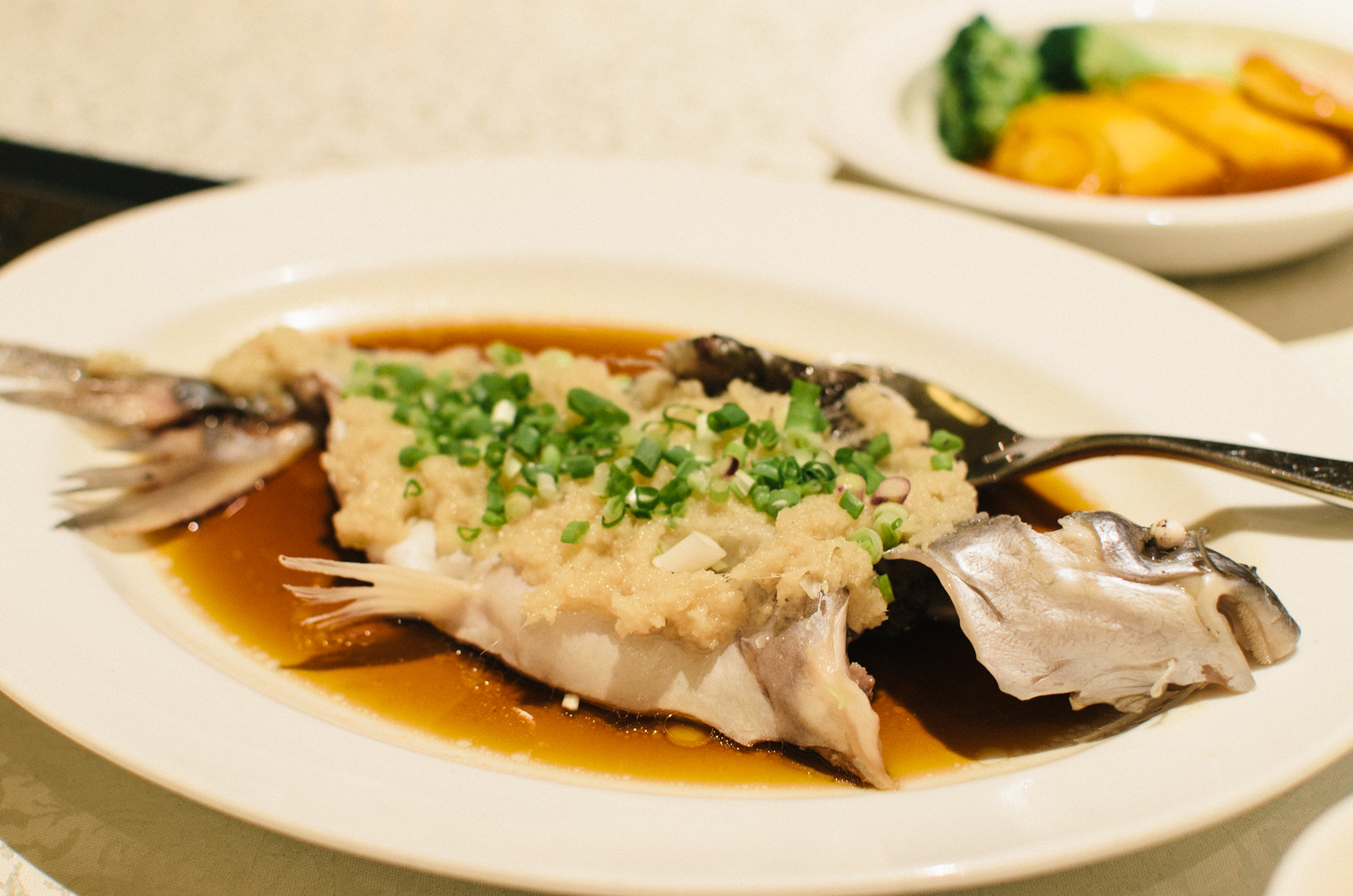 Steamed Freshwater Cat Fish with Minced Ginger (姜茸蒸水果鱼)
