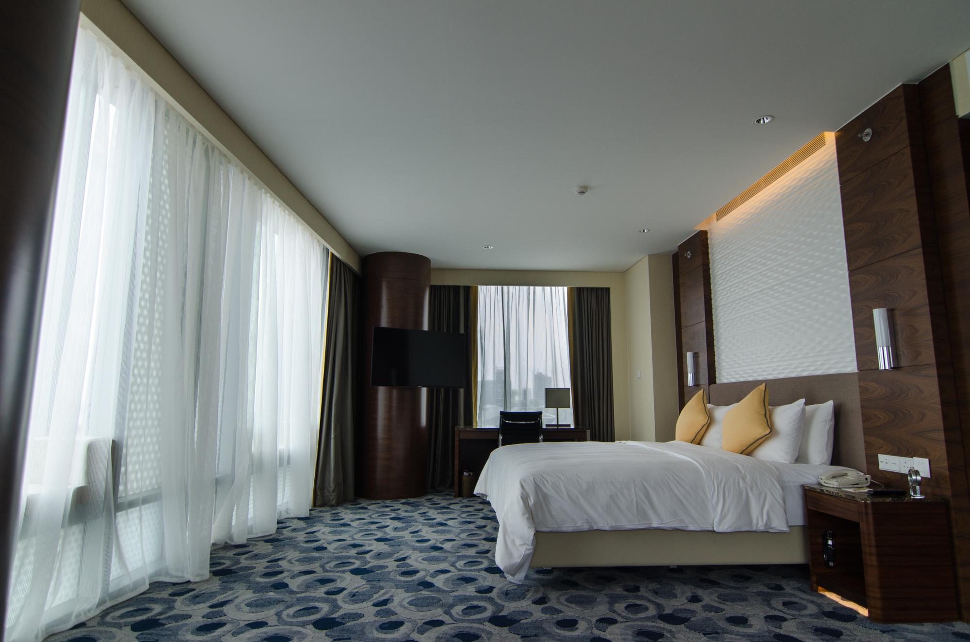 Hotel Jen Orchardgateway Premier Panorama Bedroom
