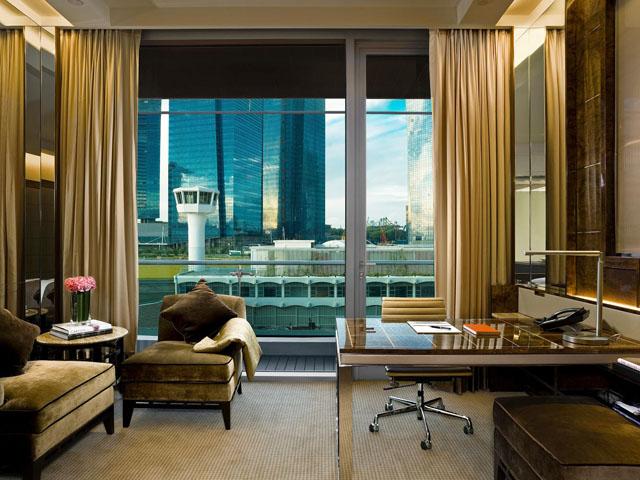 Fullerton Bay Hotel - Deluxe Room