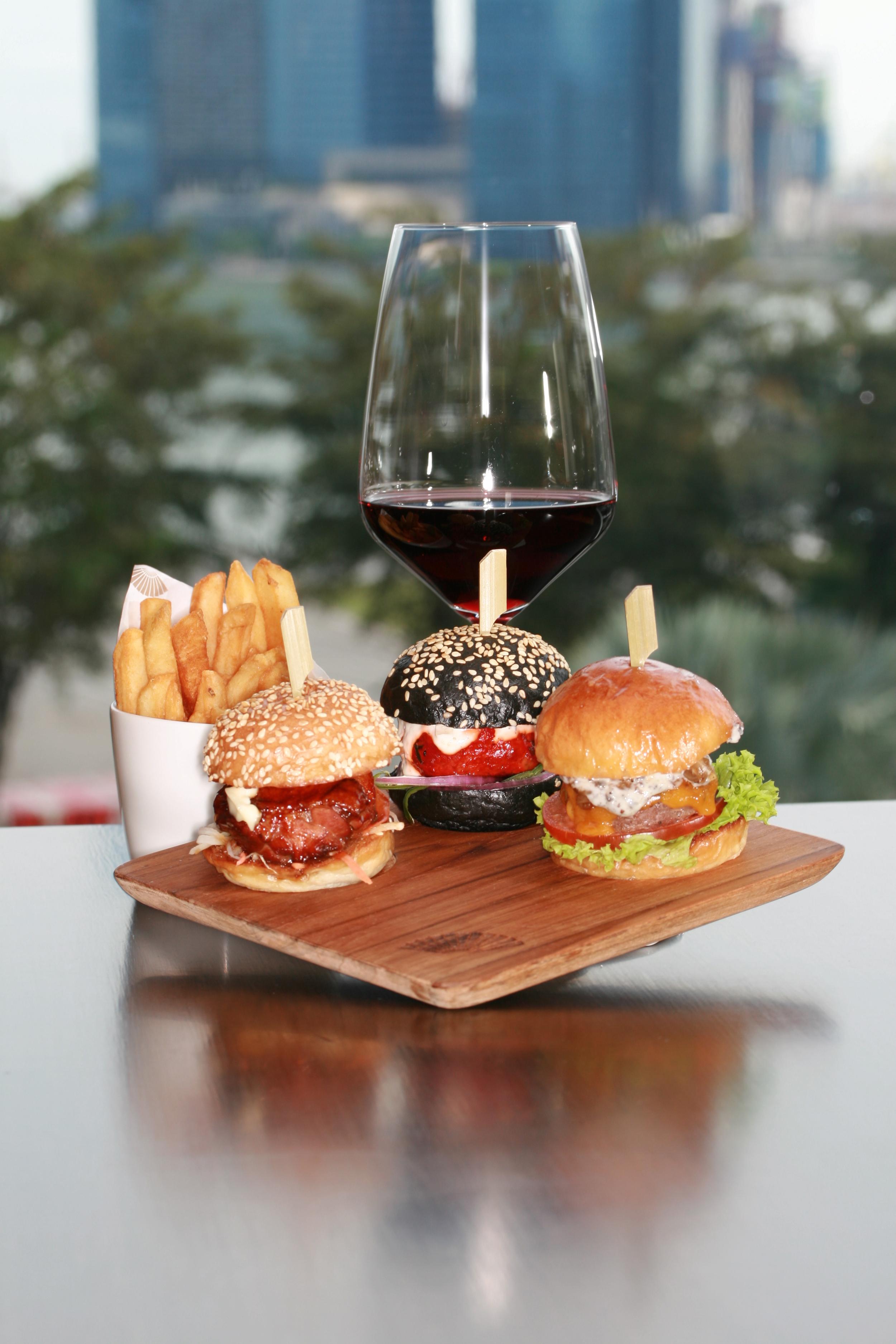 Burgers and Burgundy at Axis Bar and Lounge   Photo Credit: Mandarin Oriental, Singapore