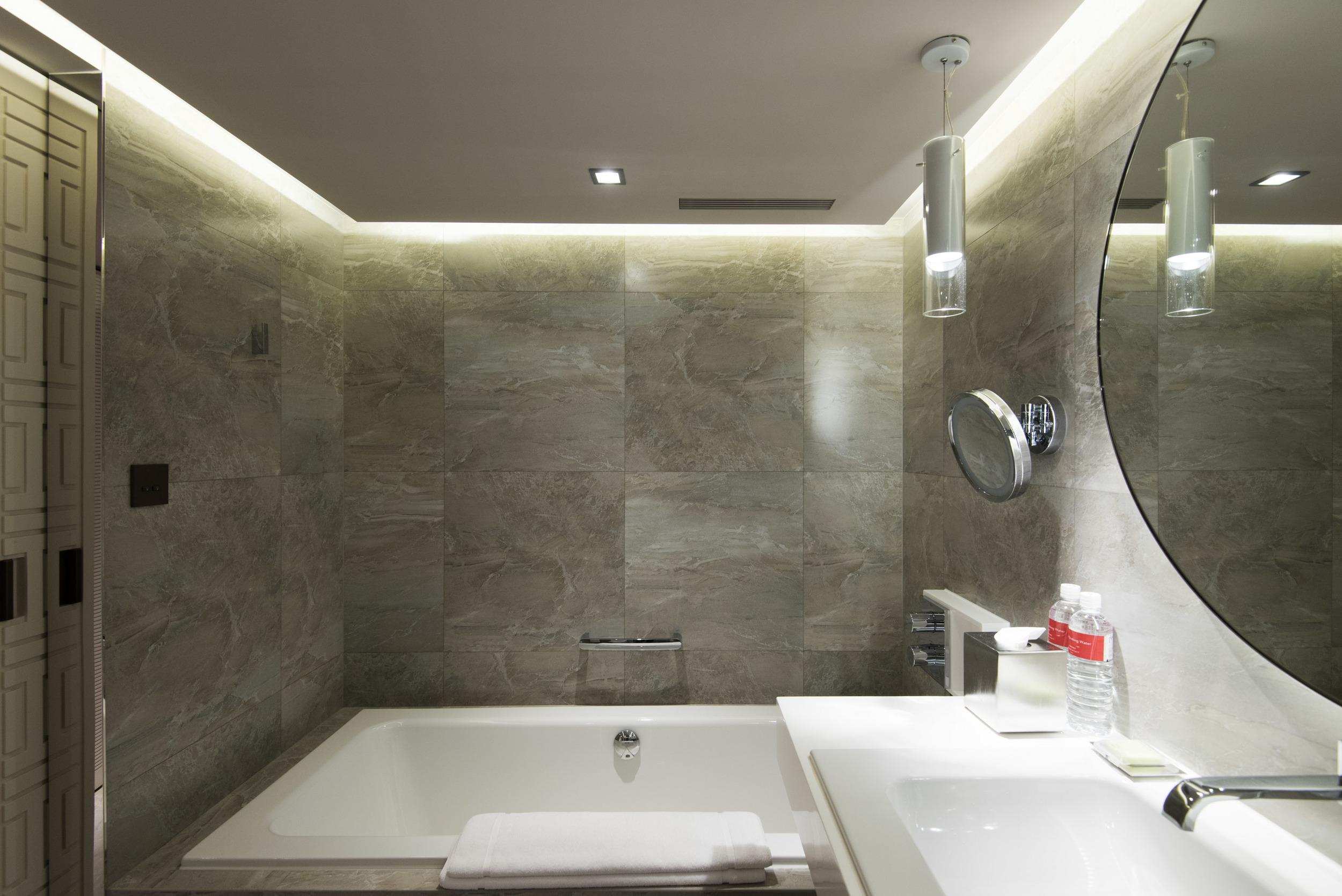Grand Deluxe Room (Bathtub) - Grand Hyatt Taipei