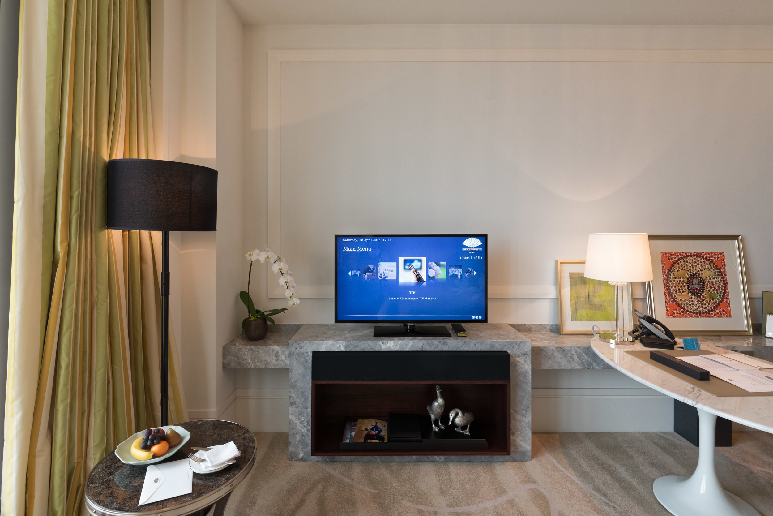 LED TV and Entertainment System at the Mandarin Oriental, Taipei