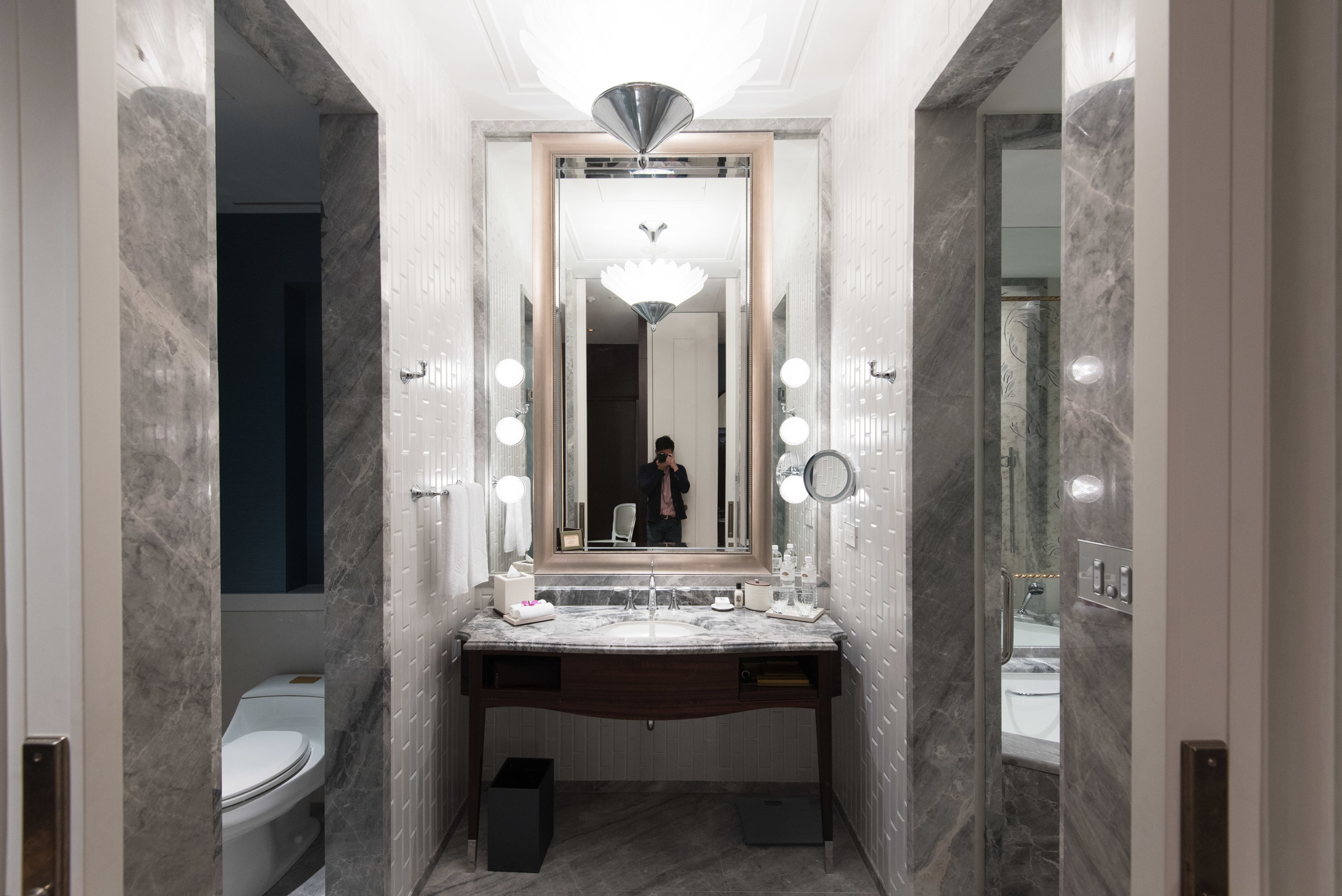Marble Bathroom in the Mandarin Oriental, Taipei