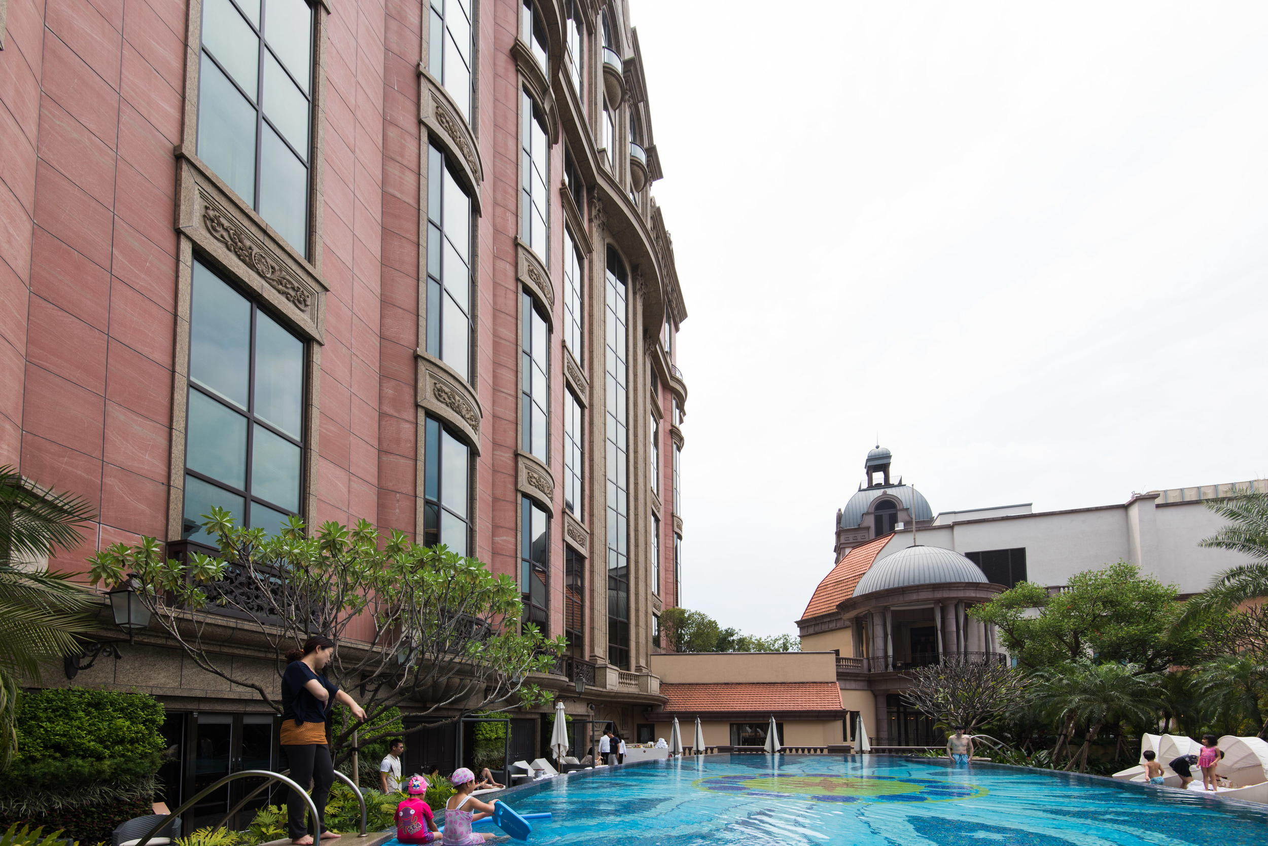 Outdoor Swimming Pool of the Mandarin Oriental, Taipei