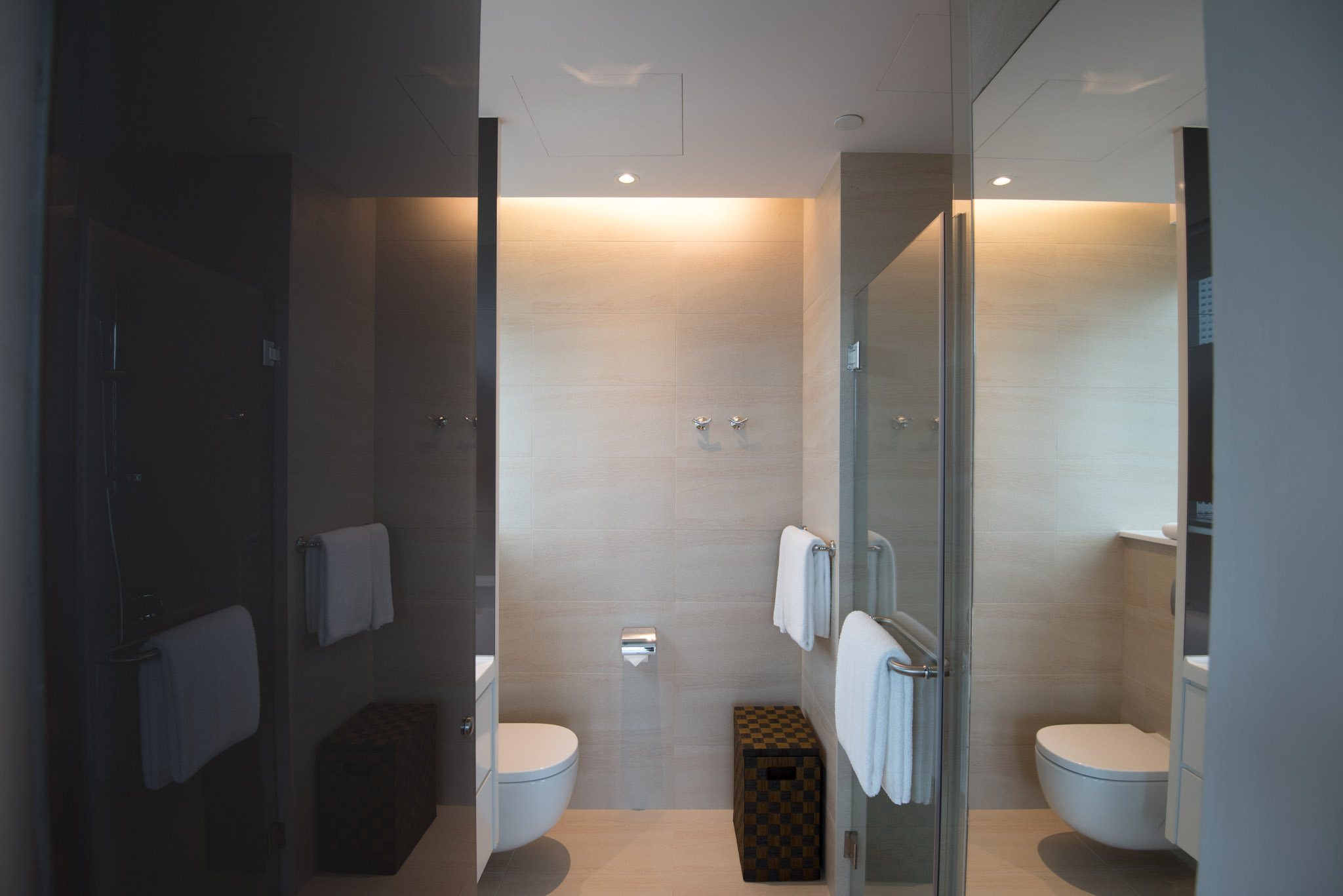 Bathroom of theOne Bedroom Premium Suite of the Pan Pacific Serviced Suites Beach Road