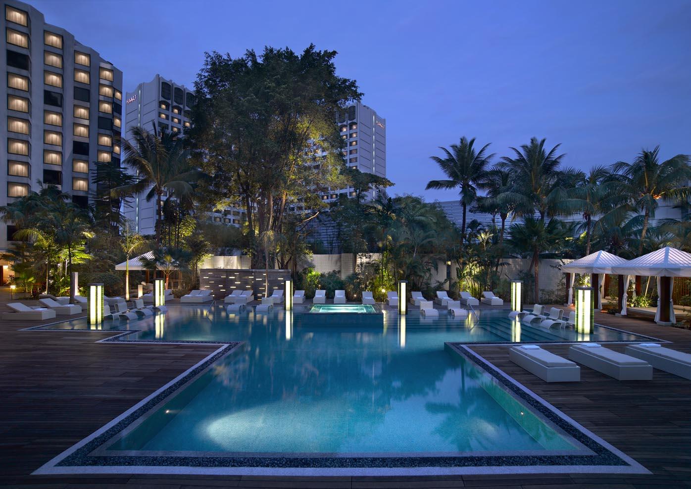 Swimming Pool | Photo Credit: Grand Hyatt Singapore