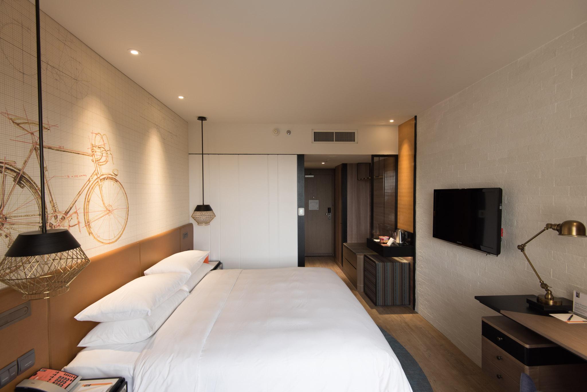Refurbished Club Room at Hotel Jen Tanglin