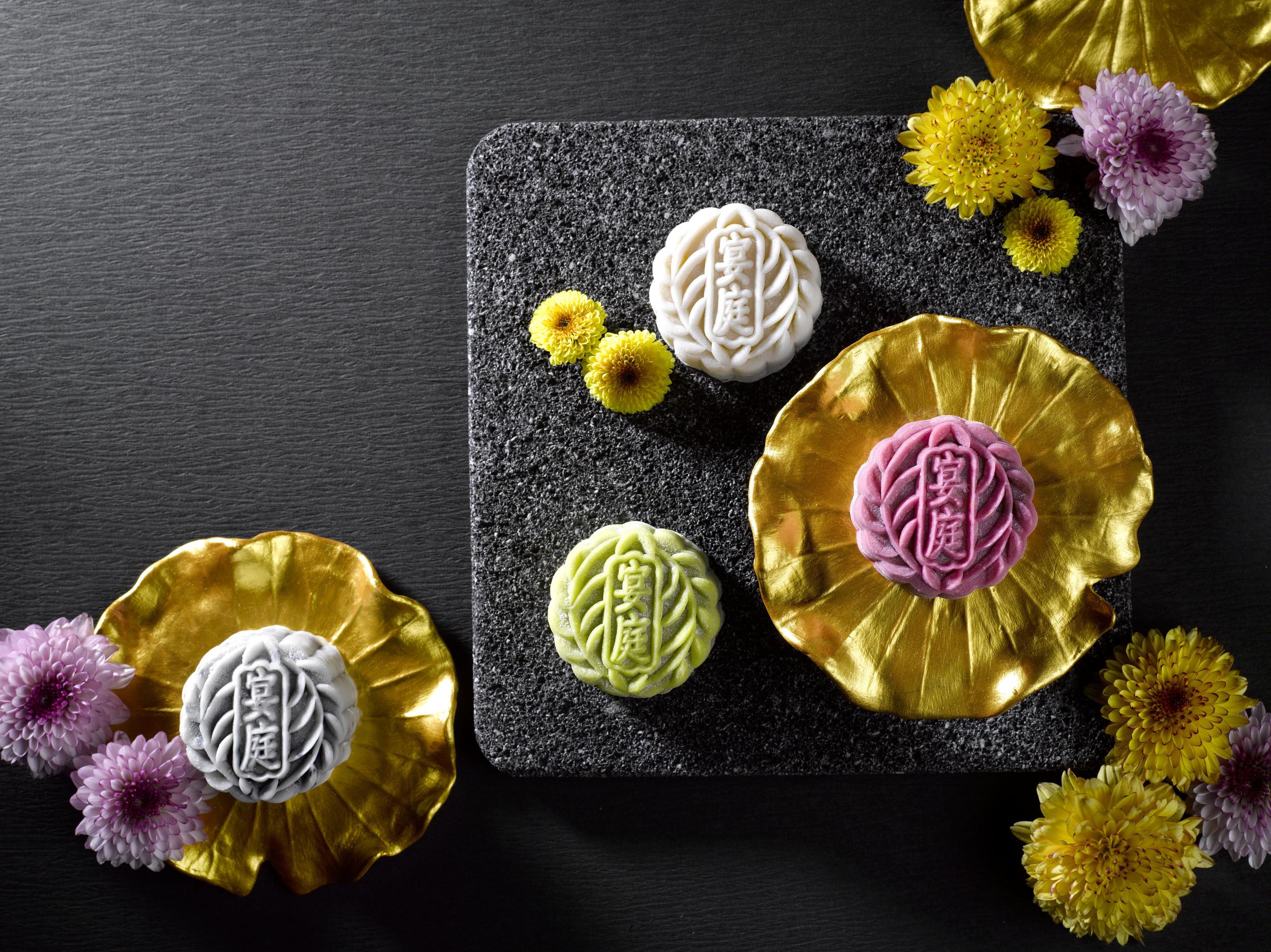The St Regis Singapore Assorted Snowskin Mooncakes (S$75+ for a box of 8)| Photo Credit: The St. Regis Singapore