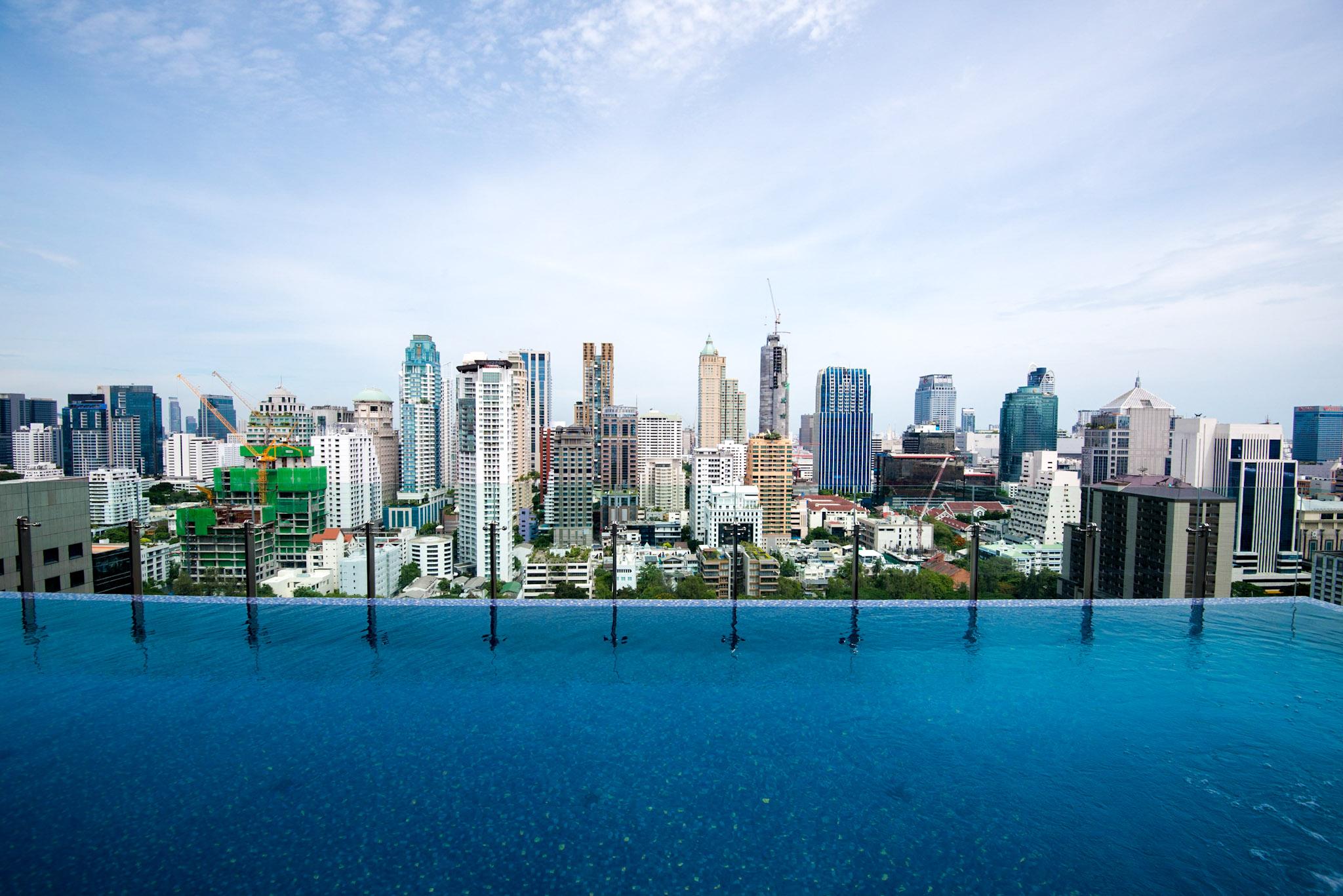 Infinity Swimming Pool - Hotel Indigo Bangkok Wireless Road