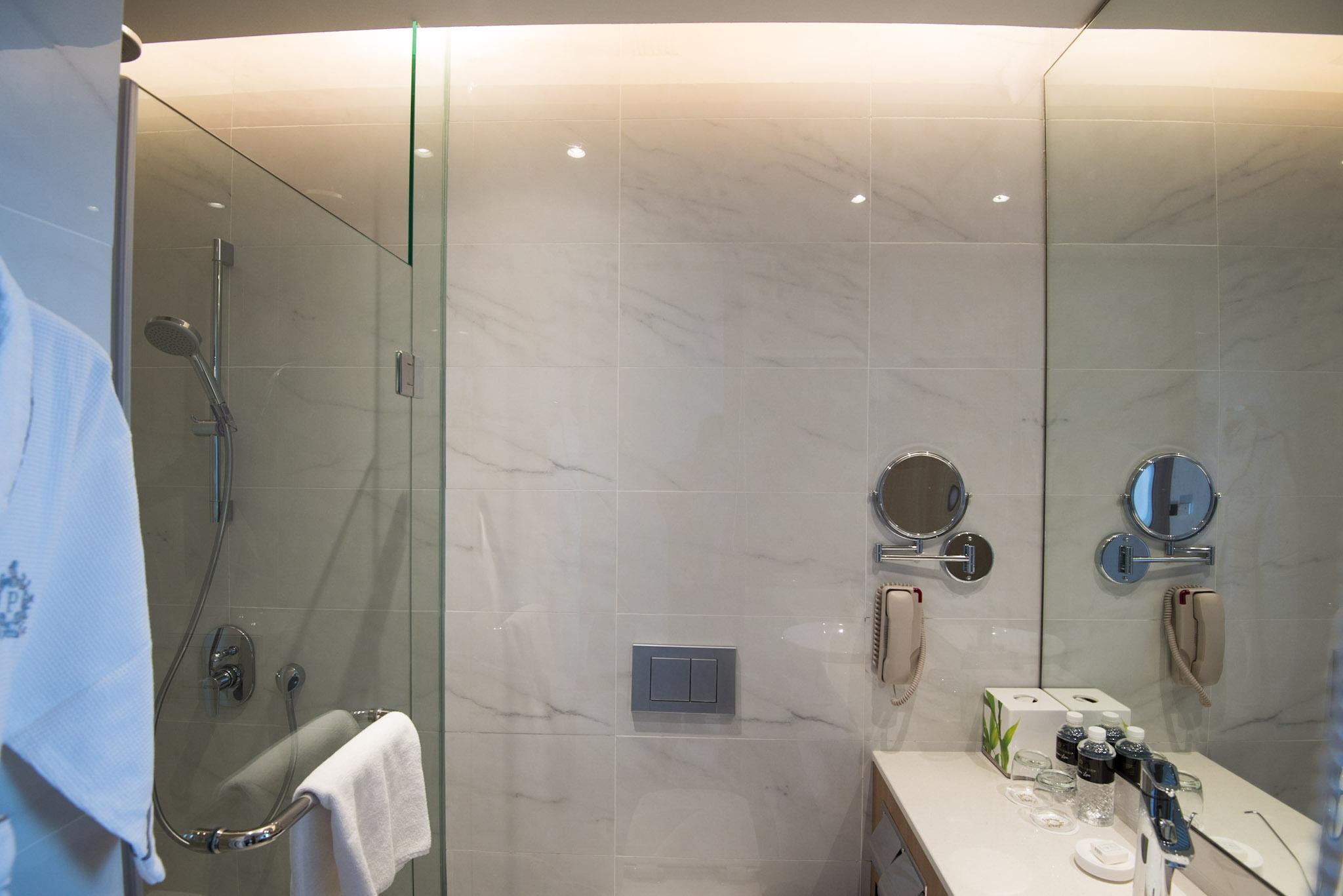 Crystal Club Room (Bathroom) - Park Hotel Alexandra
