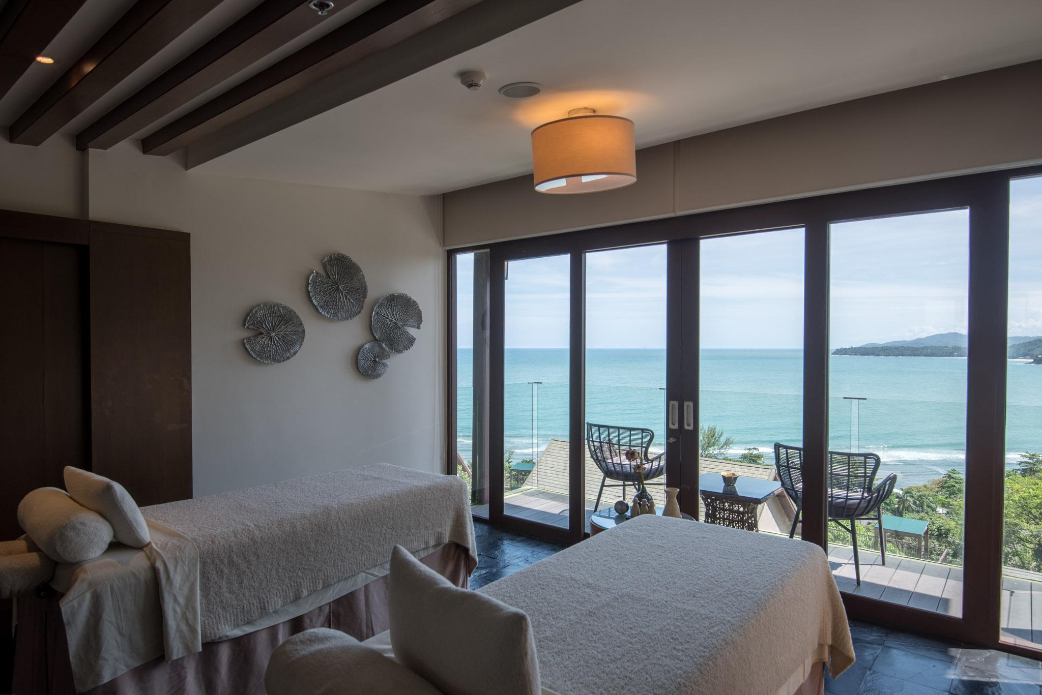 Nahm Spa The Pool Bar - Hyatt Regency Phuket Resort