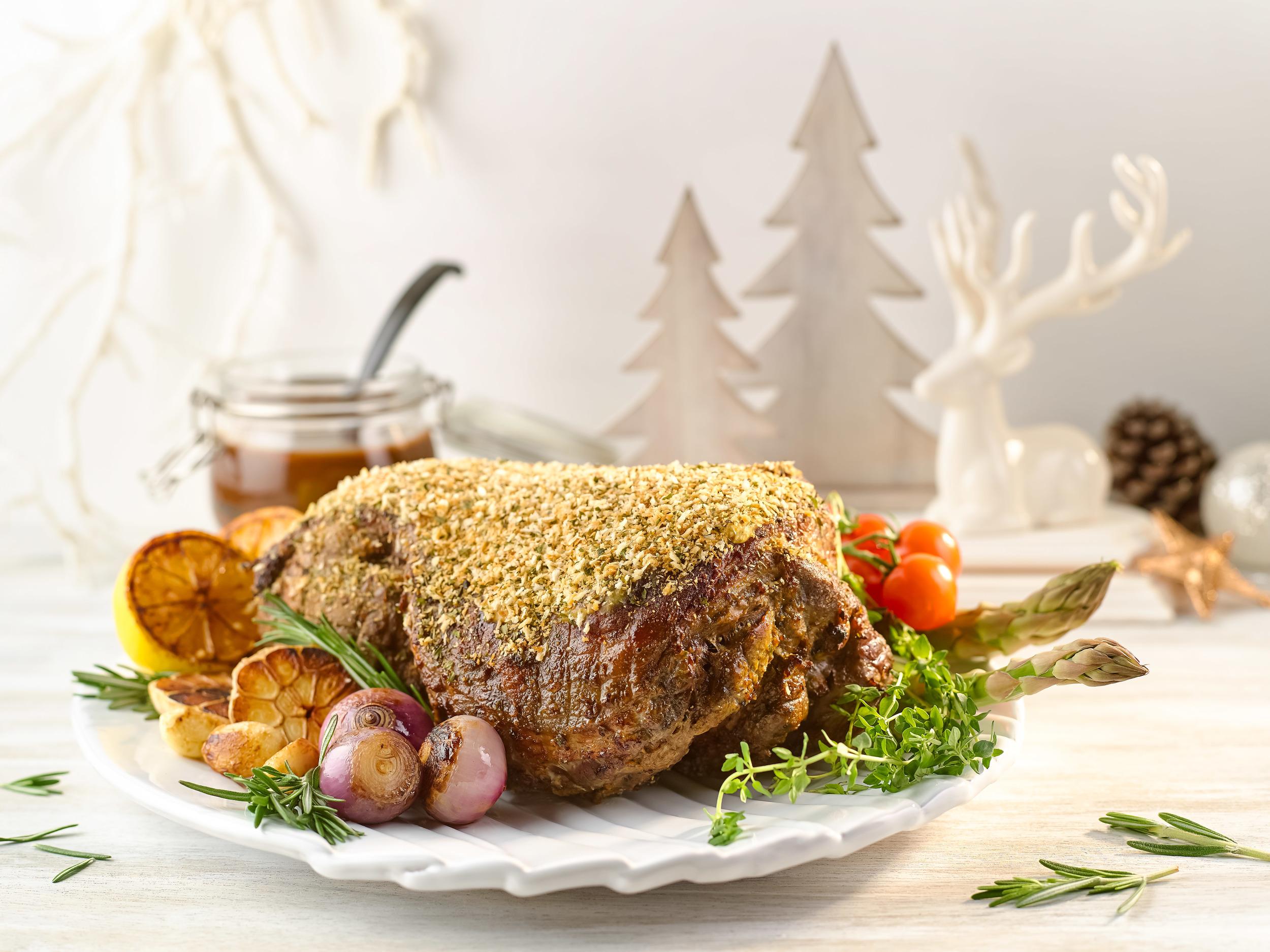 Roasted Leg of Lamb with Rosemary Garlic and Caramelised Shallot Sauce | Photo Credit: Crowne Plaza Changi Airport