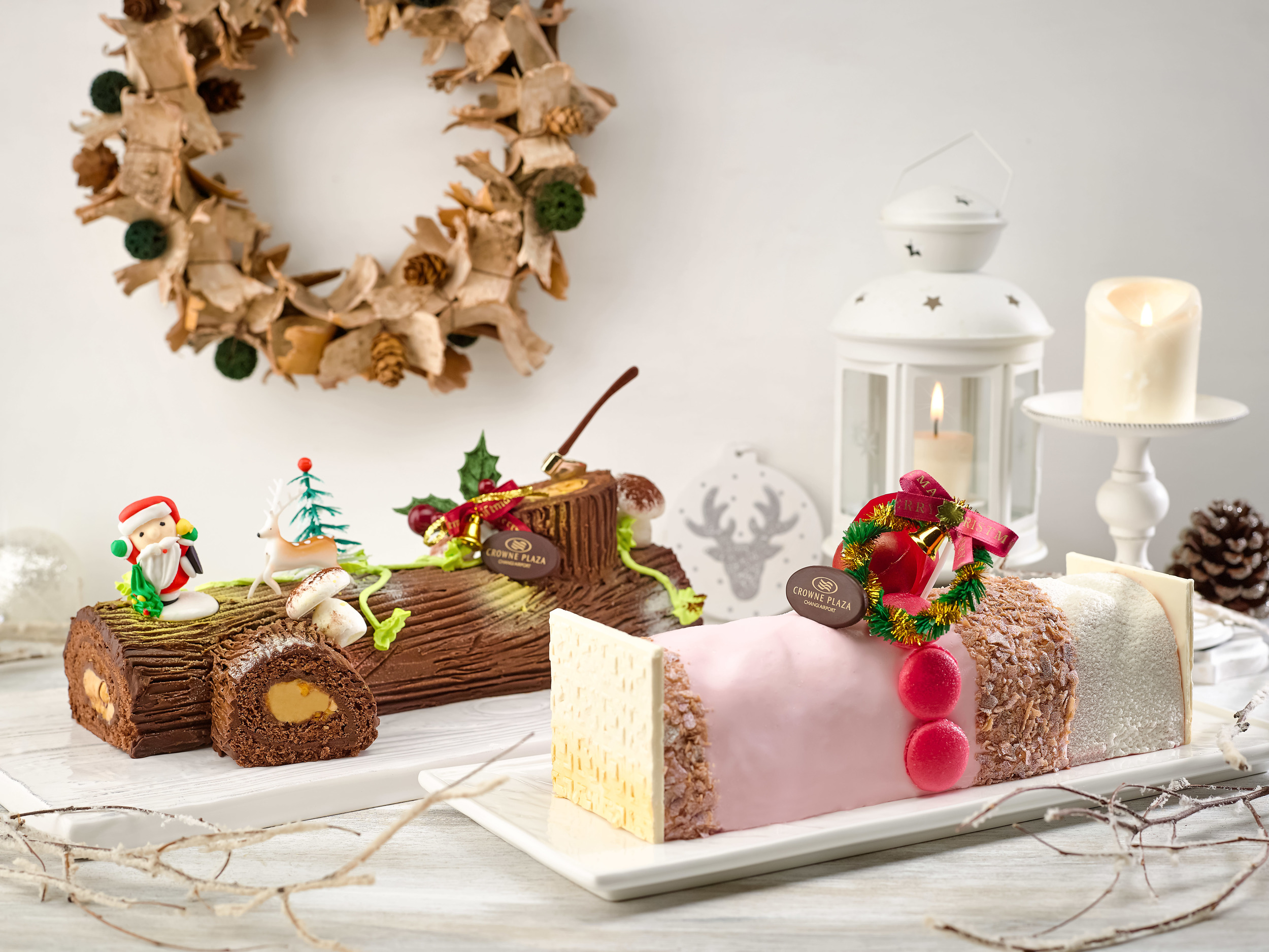 Festive Log Cakes | Photo Credit: Crowne Plaza Changi Airport
