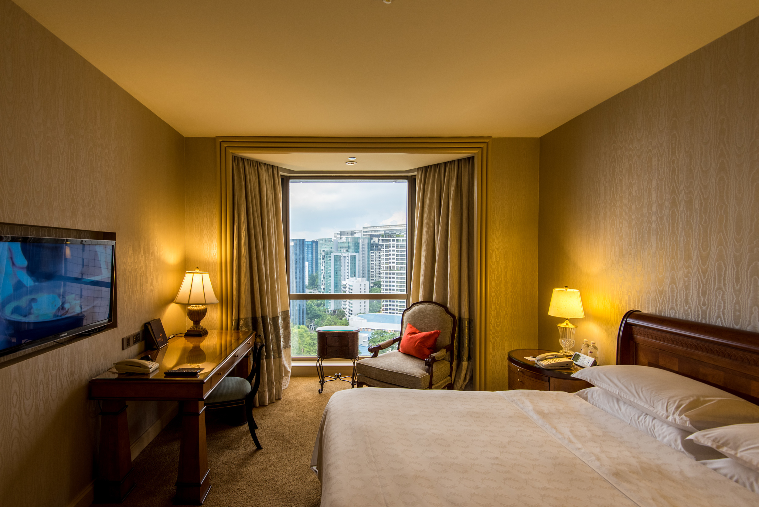 Bedroom  Executive Suite - Sheraton Towers Singapore