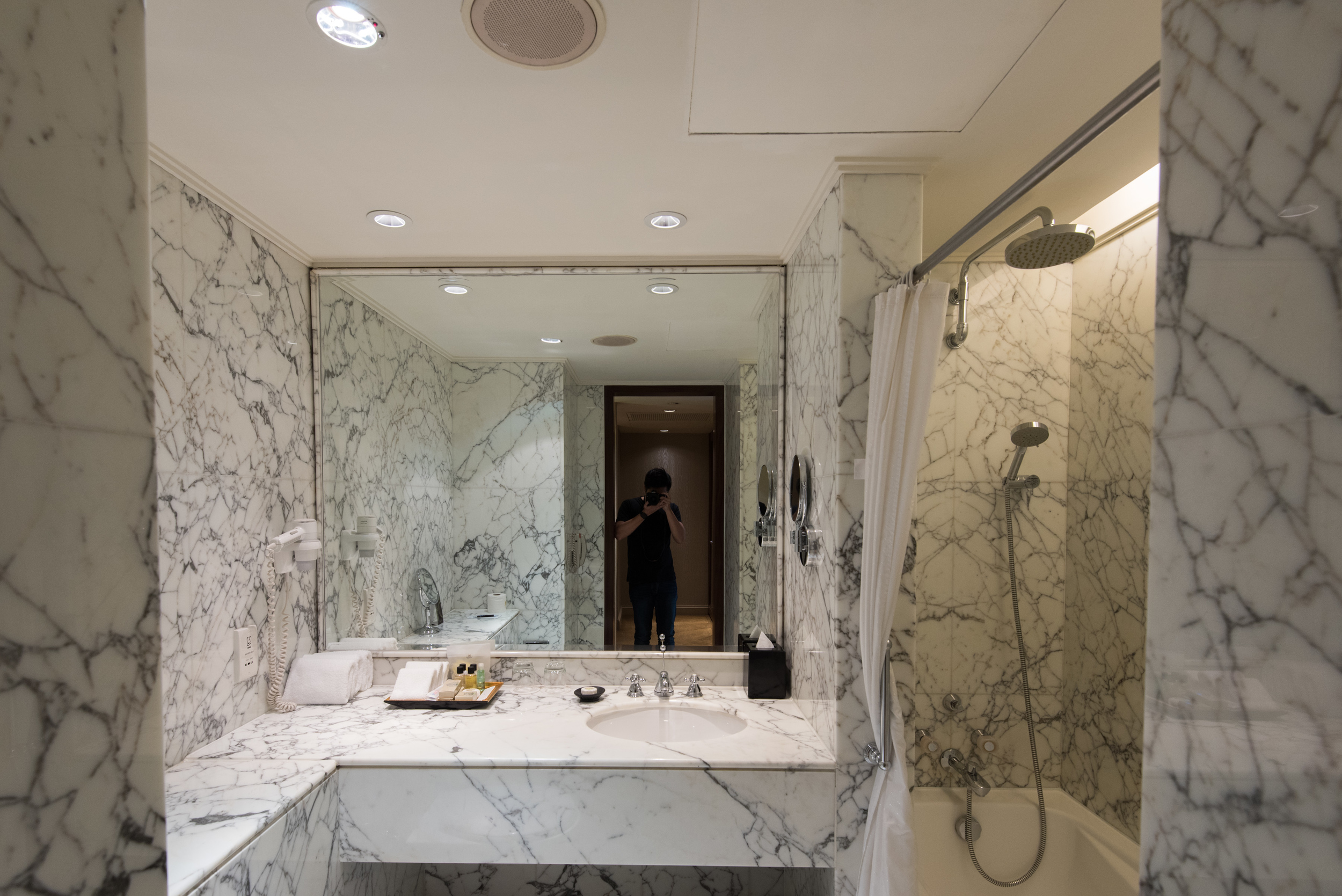 Bathroom  Executive Suite - Sheraton Towers Singapore