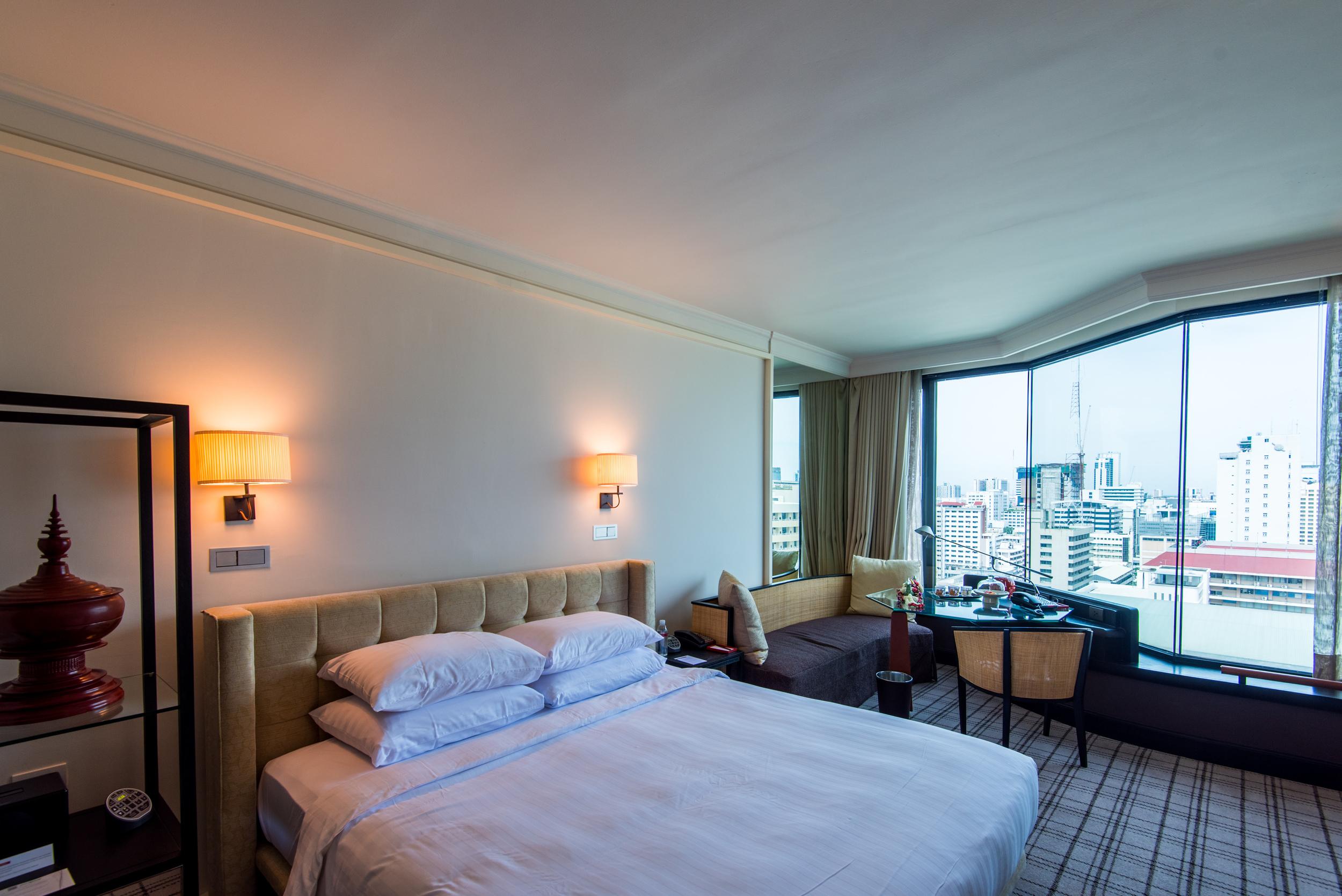 Bedroom - Club View King  Grand Hyatt Erawan Bangkok