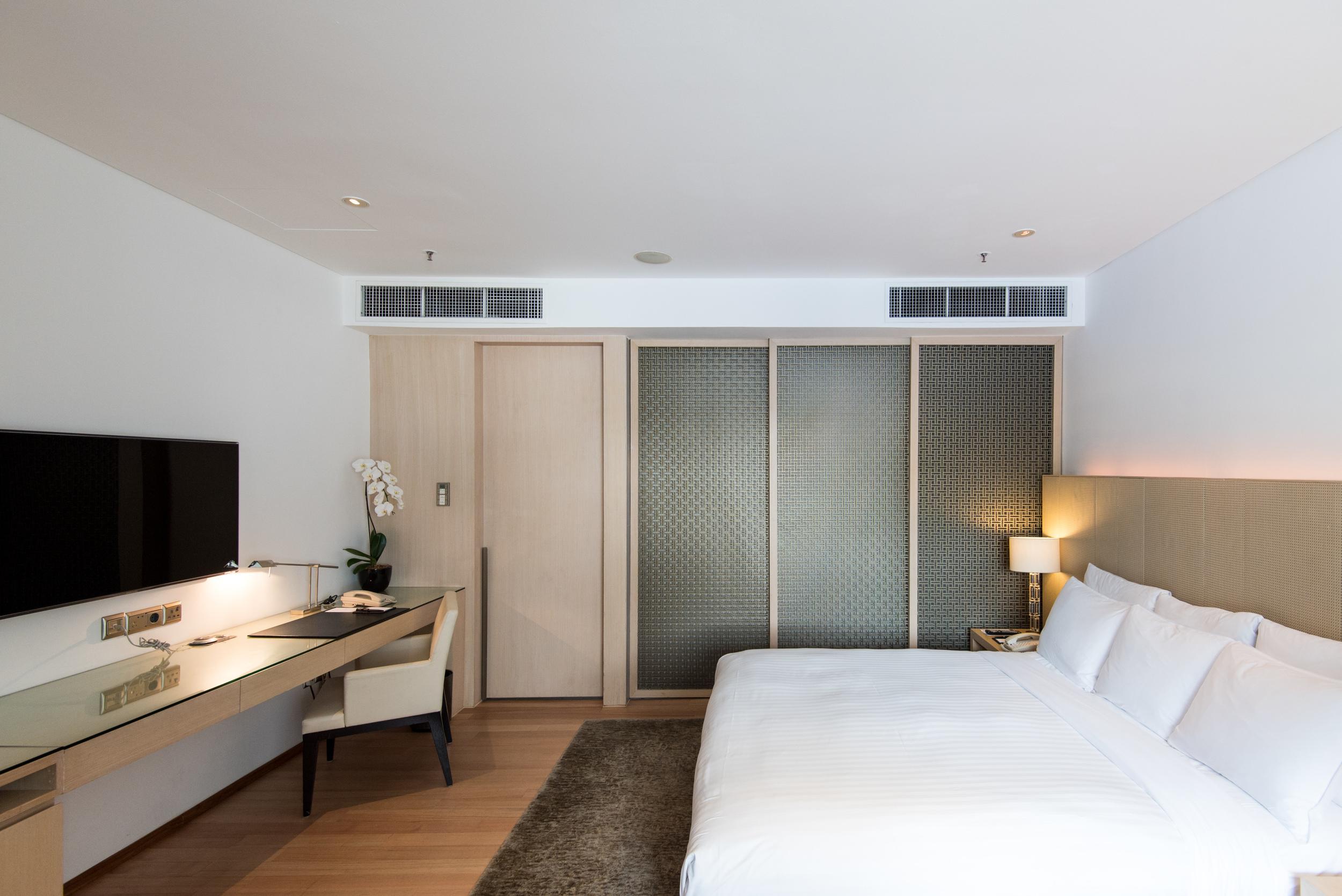 Bedroom - Pool Terrace Room  Singapore Marriott Tang Plaza Hotel