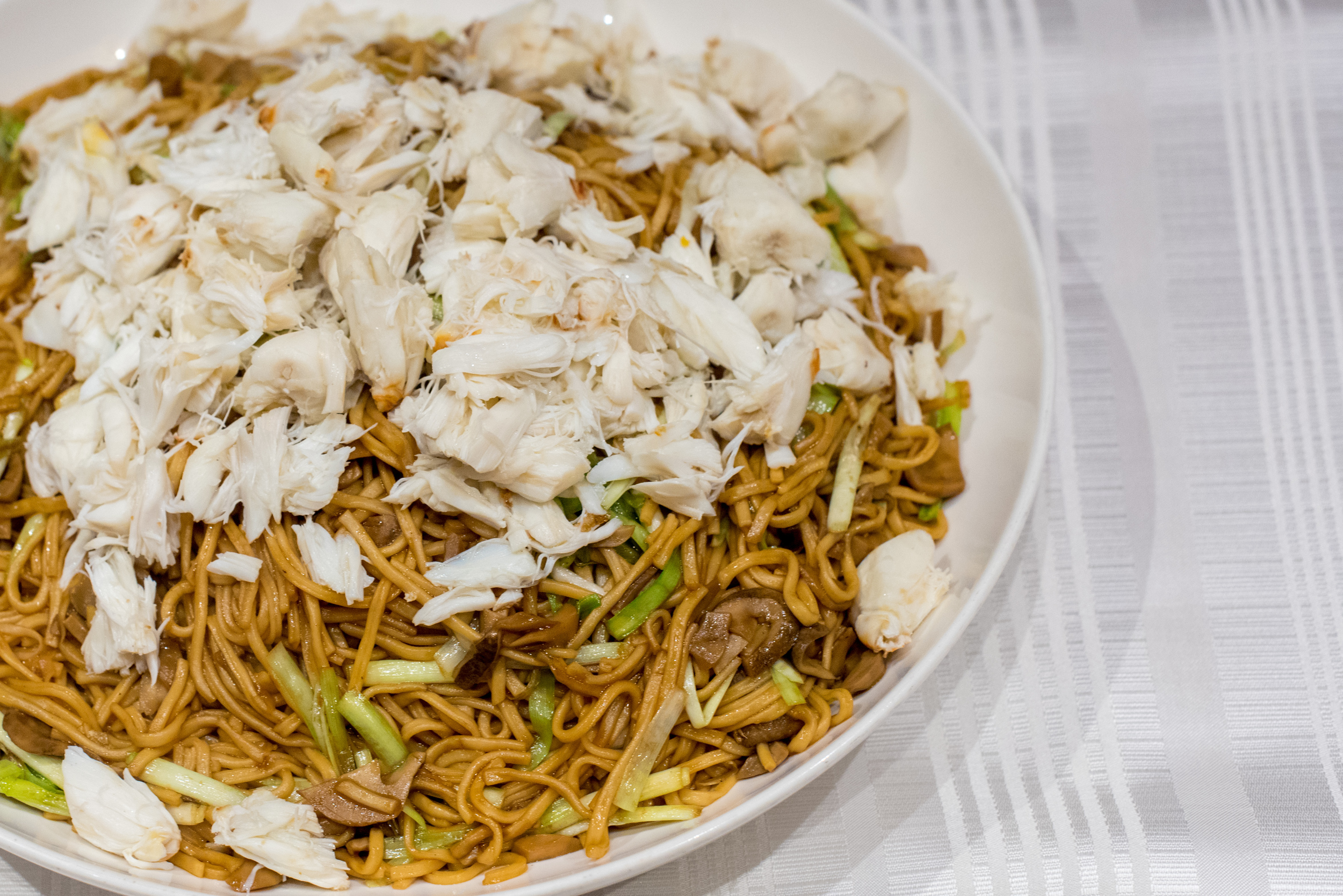 Stewed Ee Fu Noodle with Crab Meat, Shredded Mushroom and Chive   Summer Palace - Regent Singapore