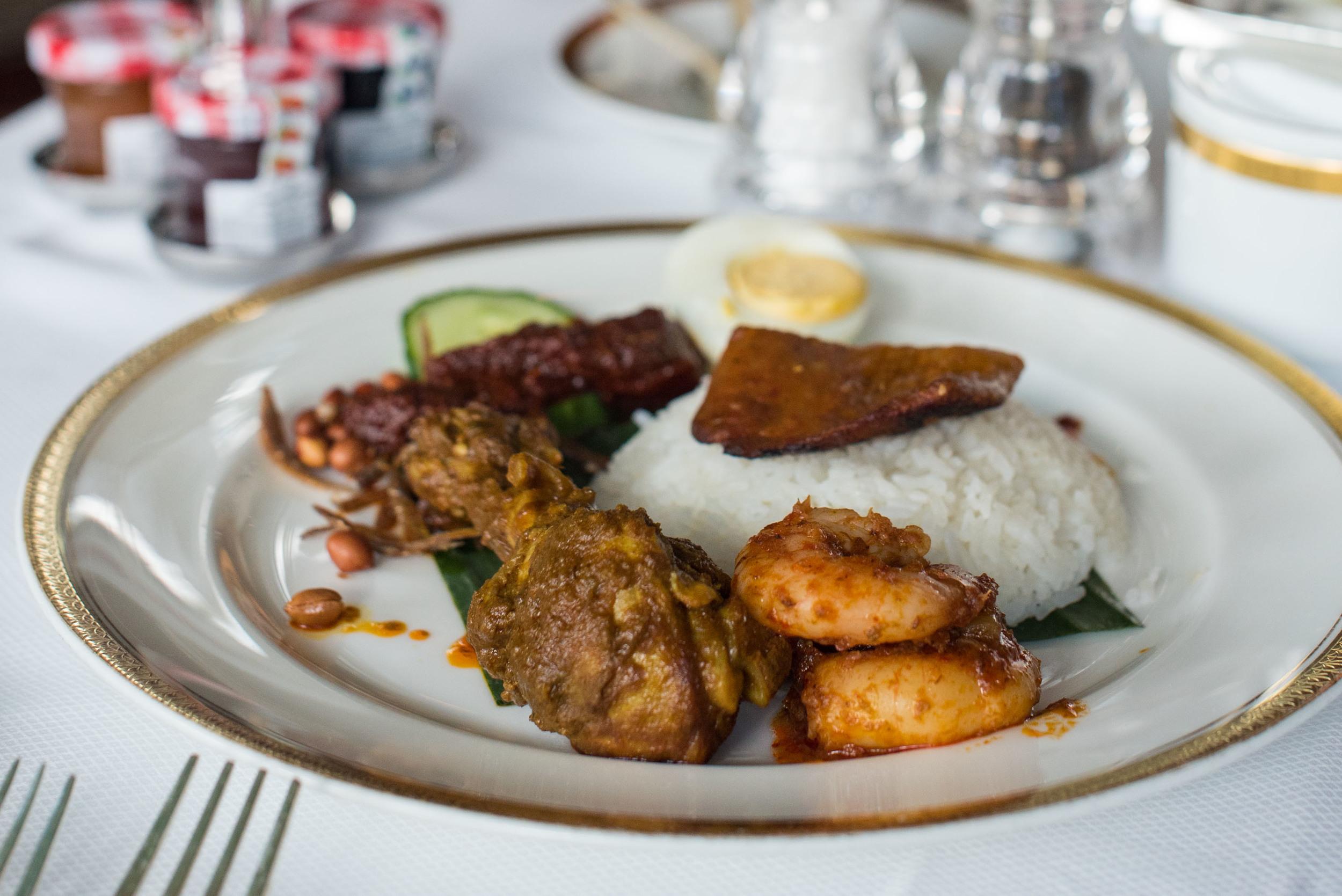 Singaporean Breakfast (Nasi Lemak) - Breakfast   Valley Wing - Shangri-La Hotel, Singapore