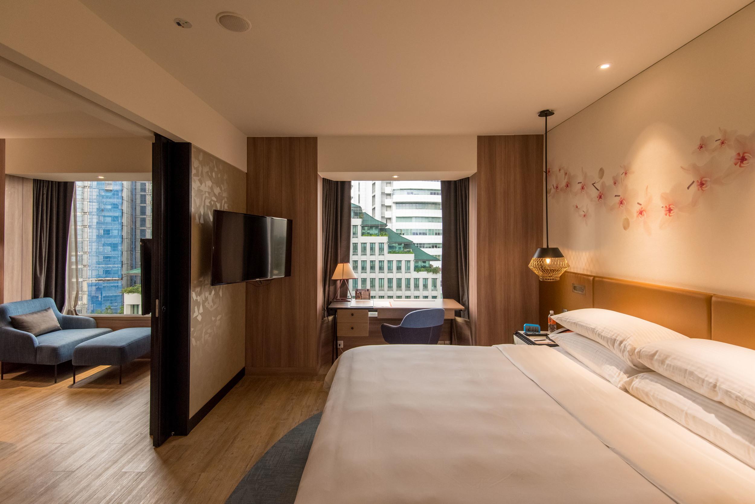 Executive Suite - Bedroom  Hotel Jen Tanglin Singapore