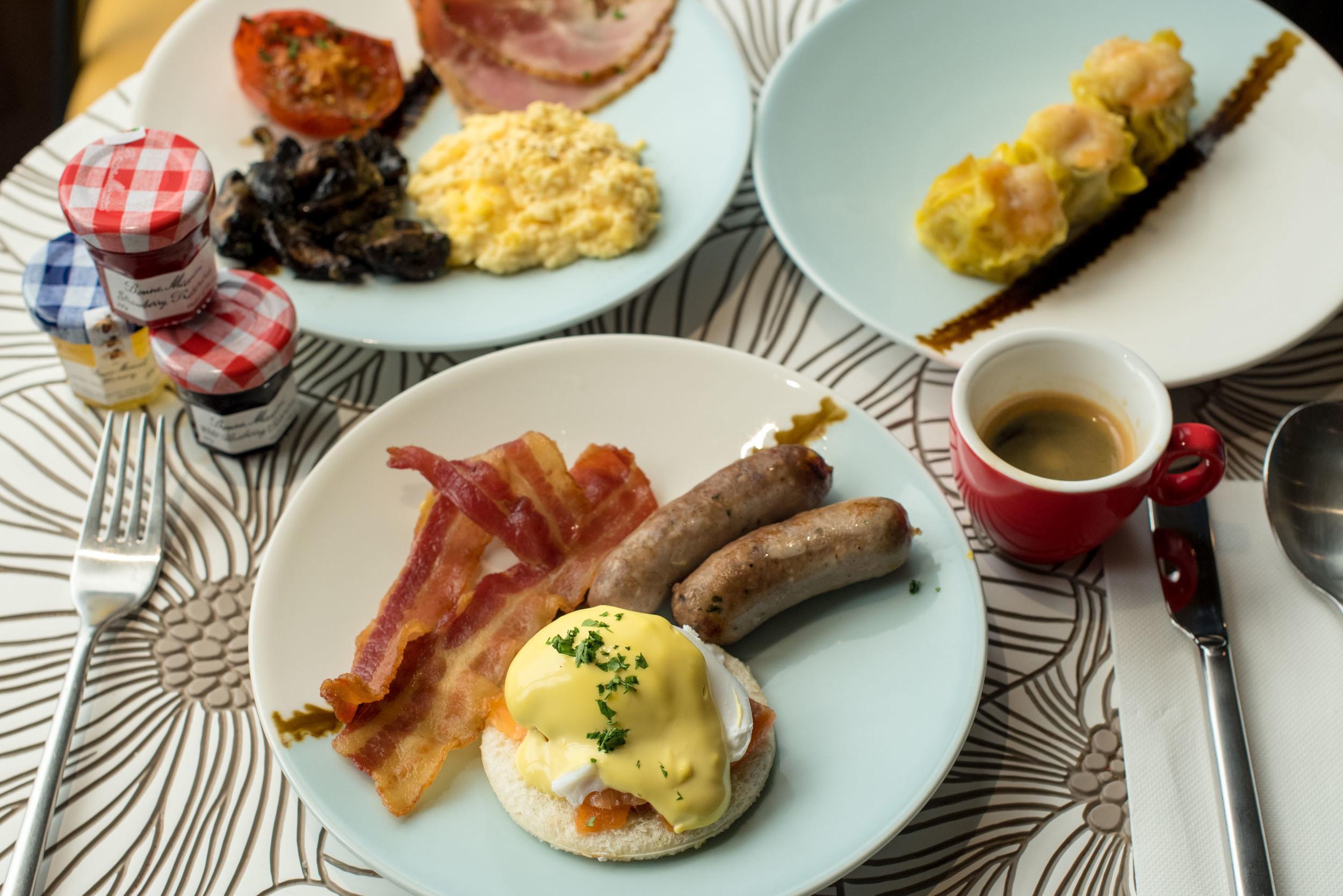 Club Lounge - Breakfast  Hotel Jen Tanglin Singapore