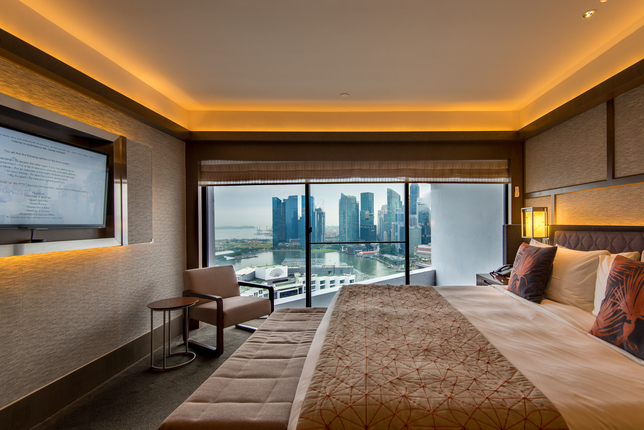 Bedroom    Pacific Harbour Studio - Pan Pacific Singapore