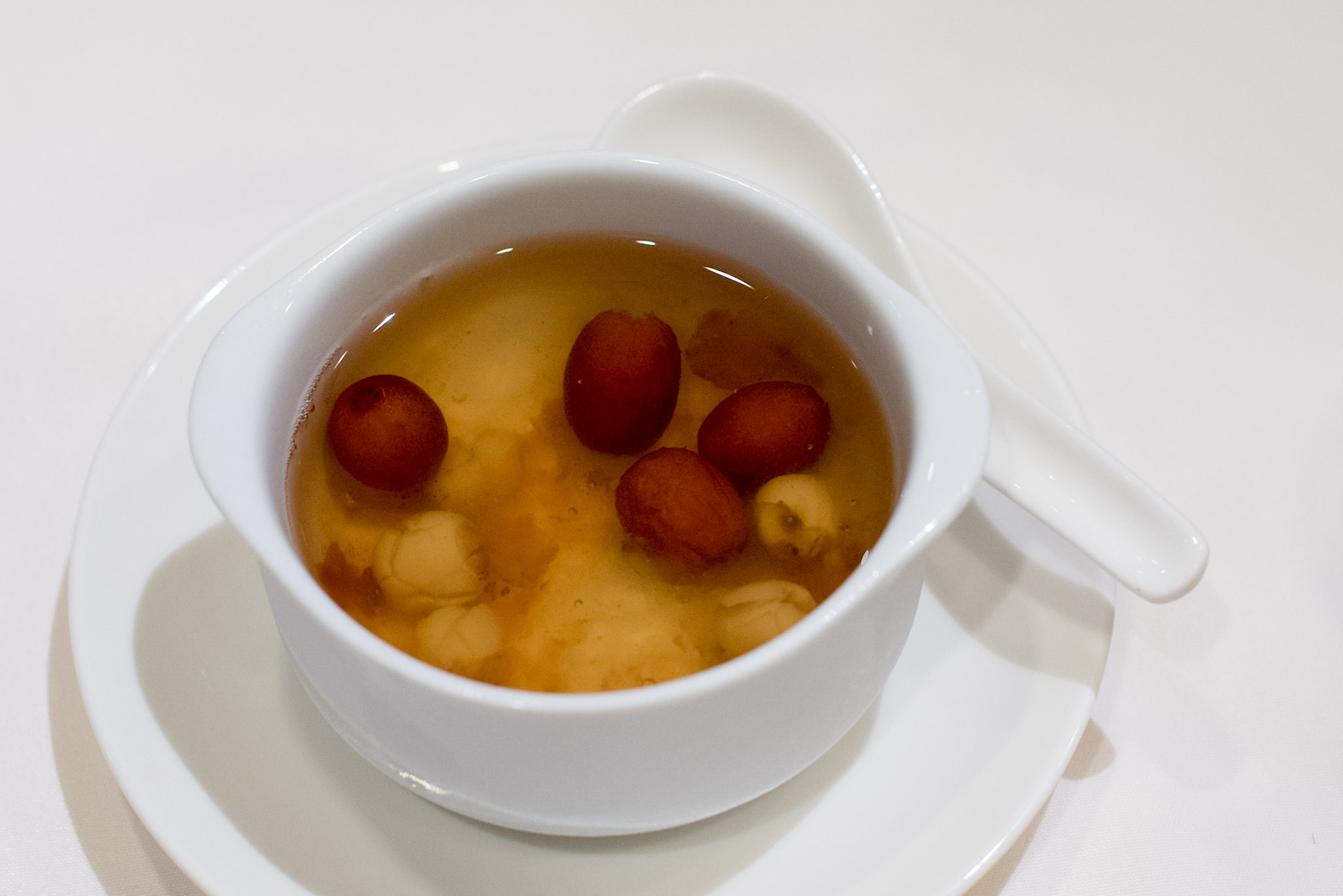 Chilled Double-boiled Peach Resin with Red Dates (S$16++)    Wan Hao - Singapore Marriott Tang Plaza Hotel