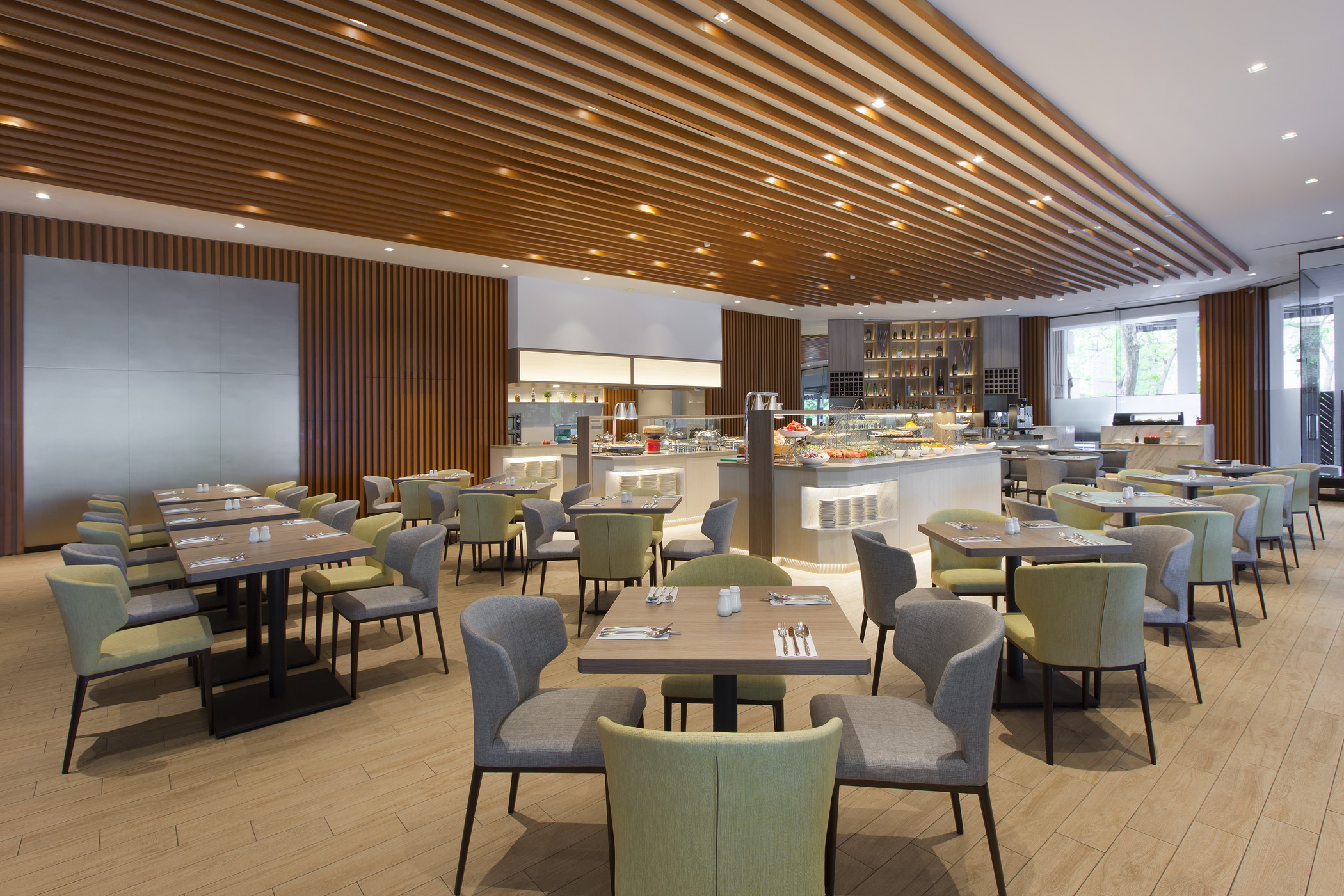 The Eatery | Photo Credit: Four Points by Sheraton Singapore, Riverview