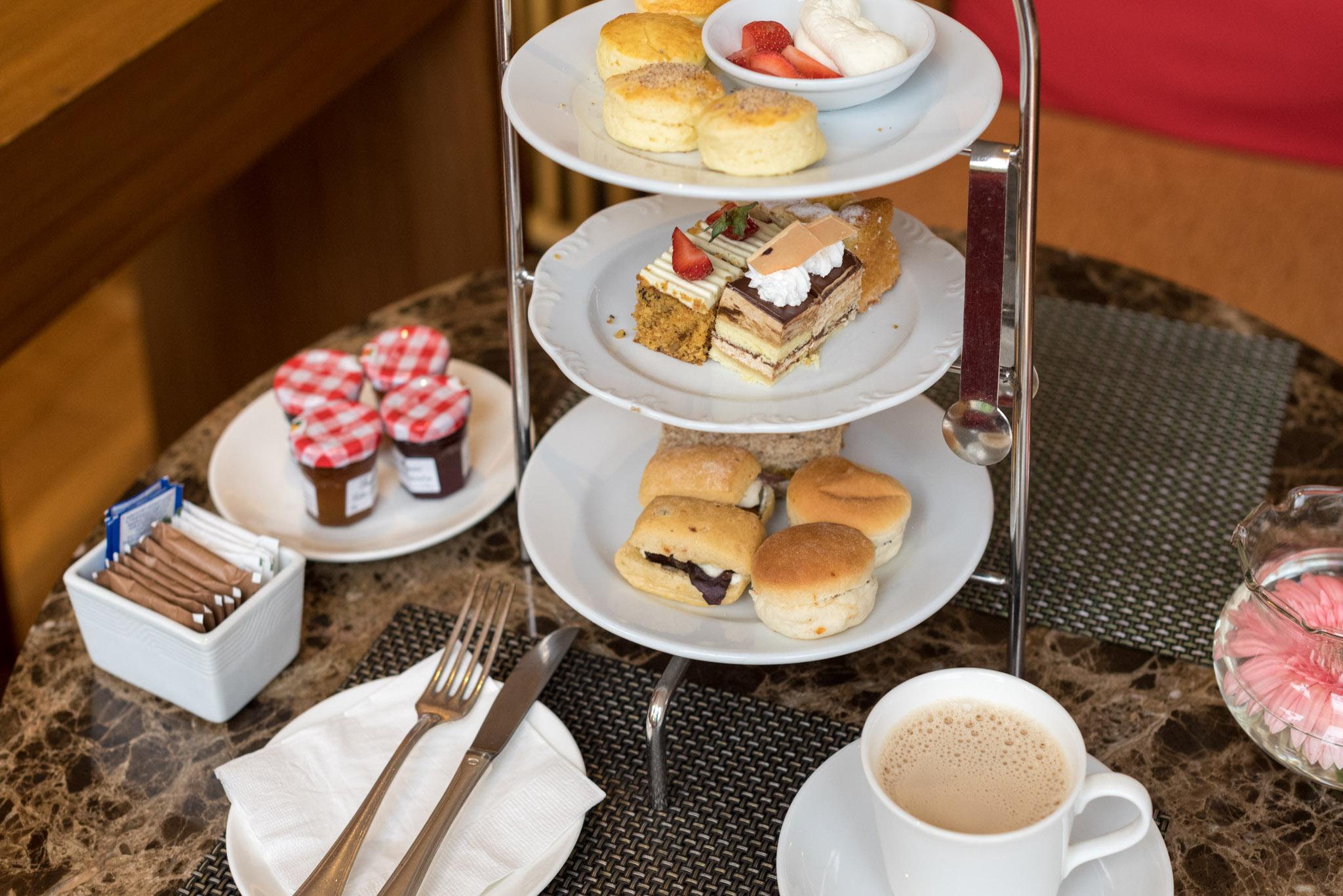 Afternoon Tea - Rasa Lounge     Shangri-La's Rasa Sayang Resort & Spa, Penang