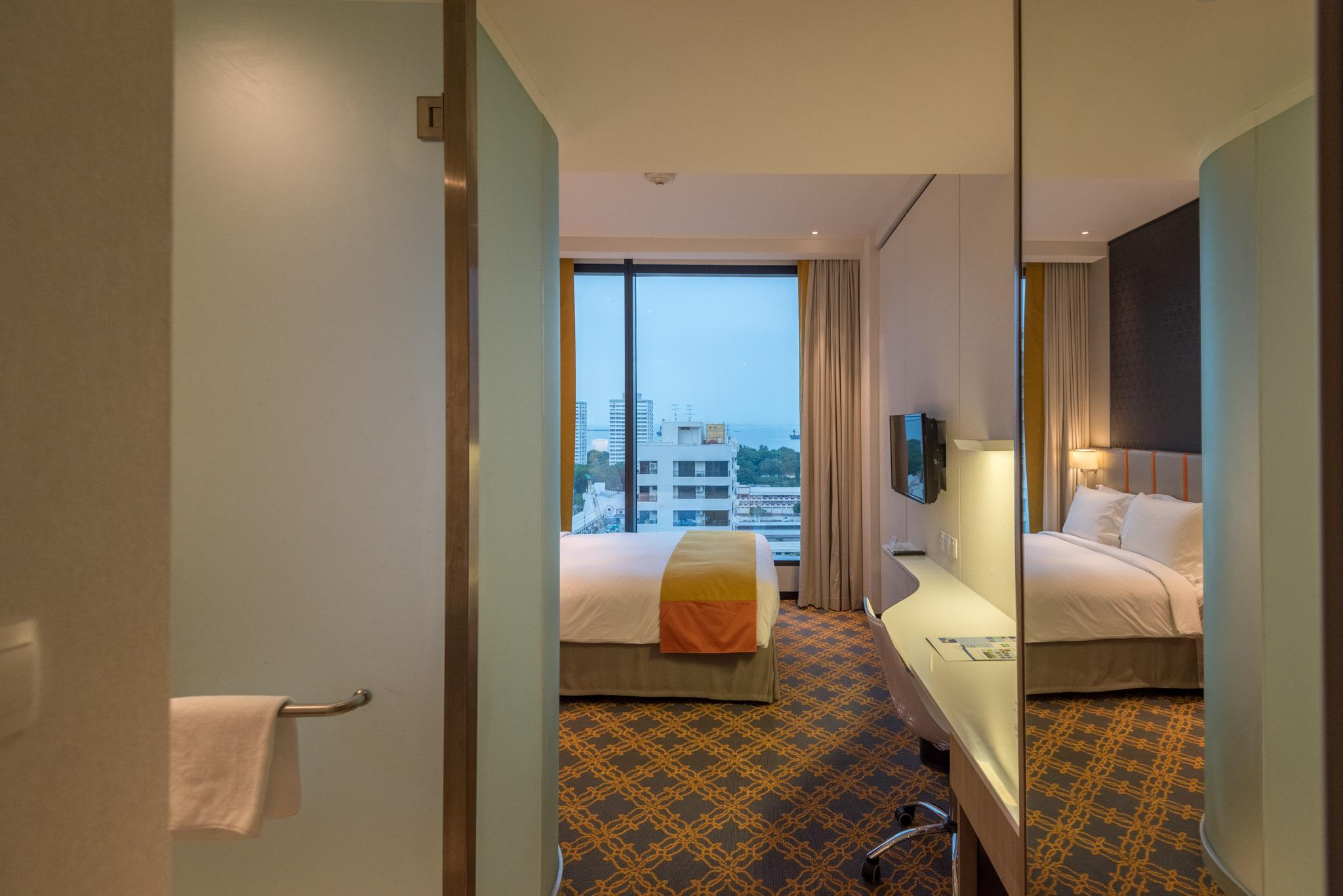 Bedroom    Holiday Inn Express Singapore Katong