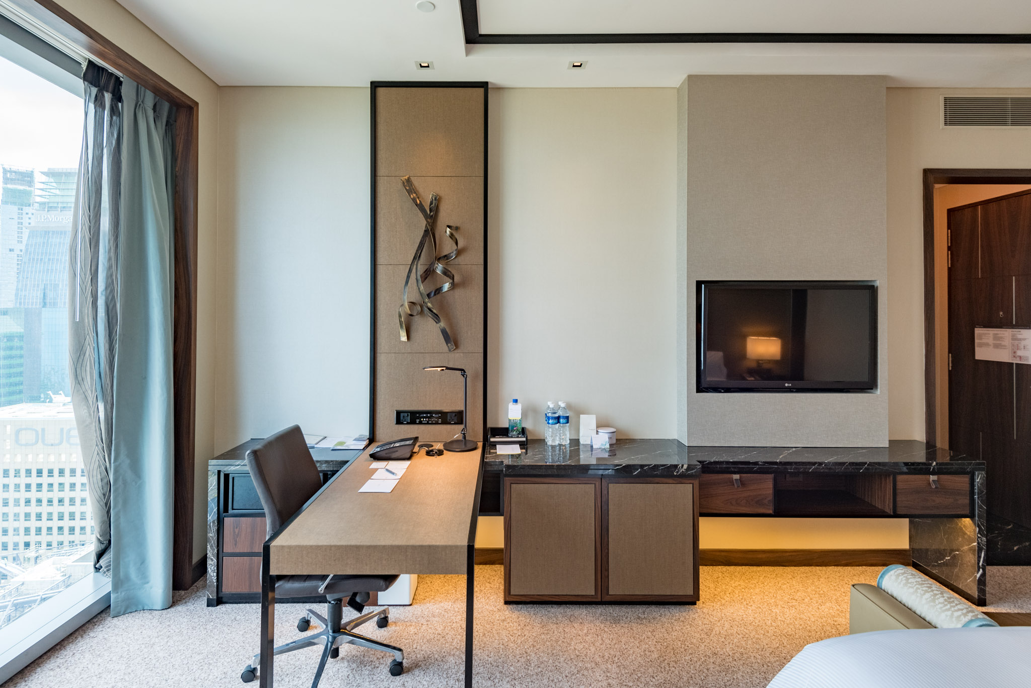 Bedroom - Premier Room  The Westin Singapore