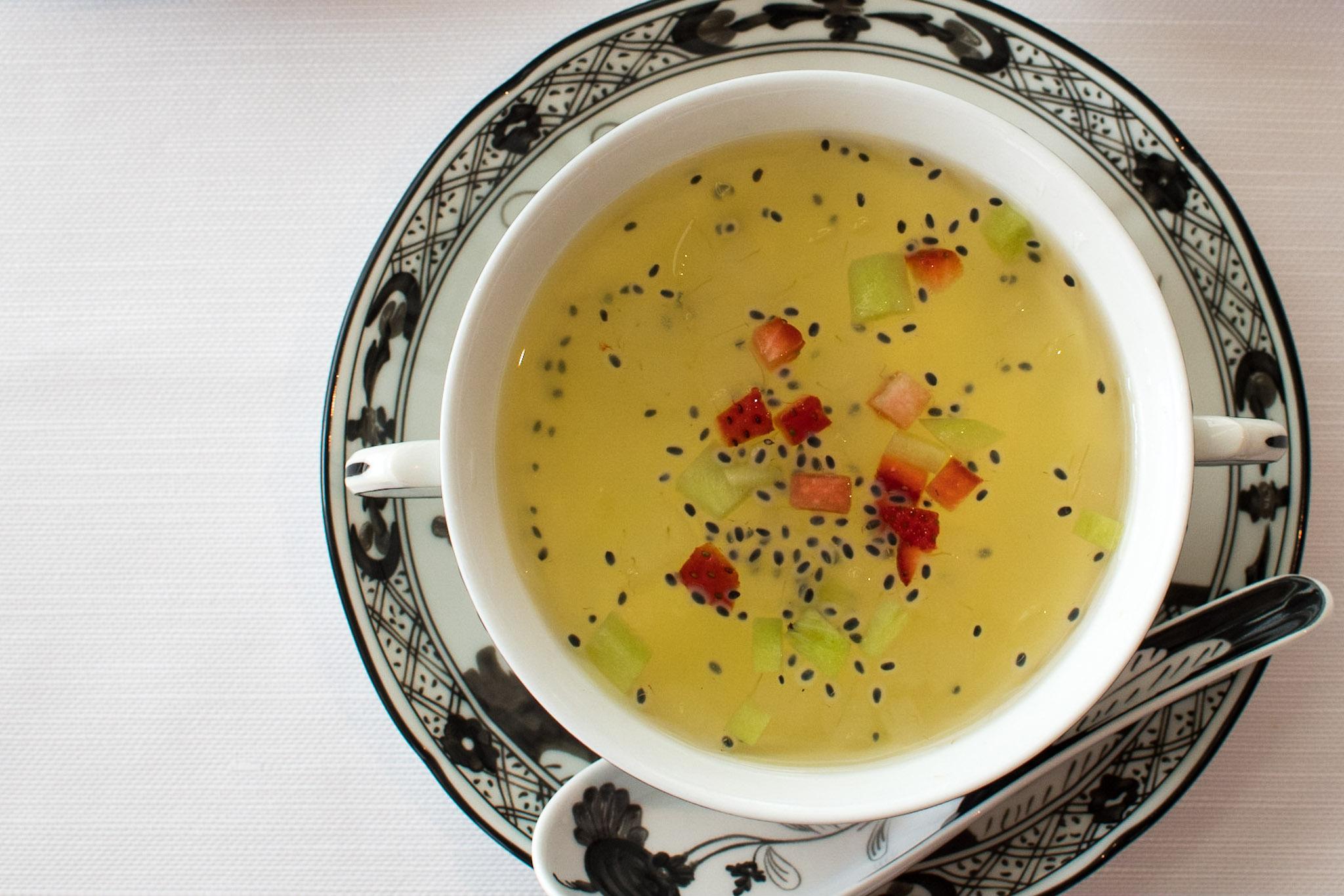 Chilled Aloe Vera, Kiwi, Strawberries, Lime Juice   Michelin Star Menu (Lunch) -The Ritz-Carlton, Millenia Singapore