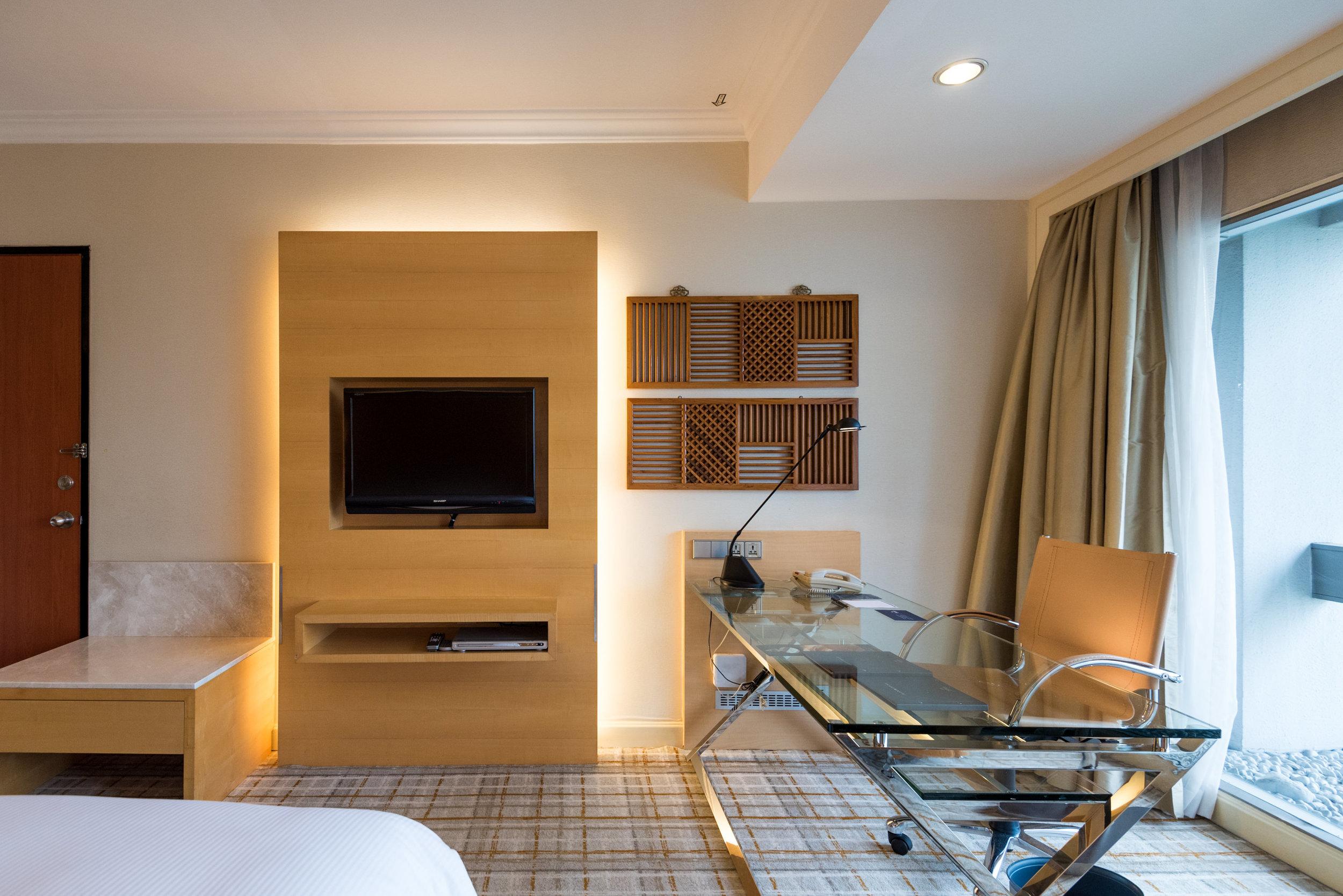 Bedroom    Executive Room - Hilton Singapore