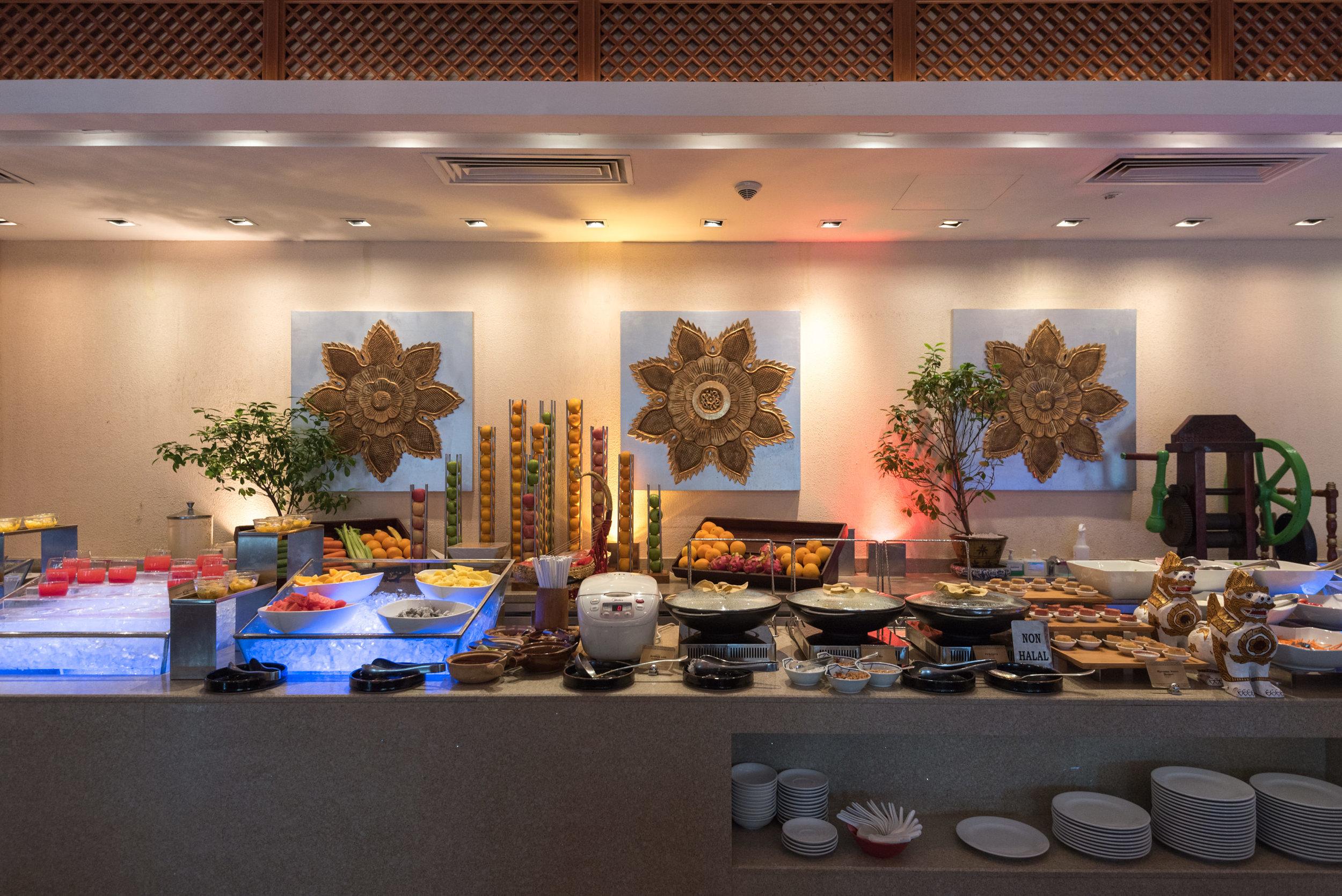 Buffet Breakfast  Cafe Sule - Sule Shangri-La, Yangon