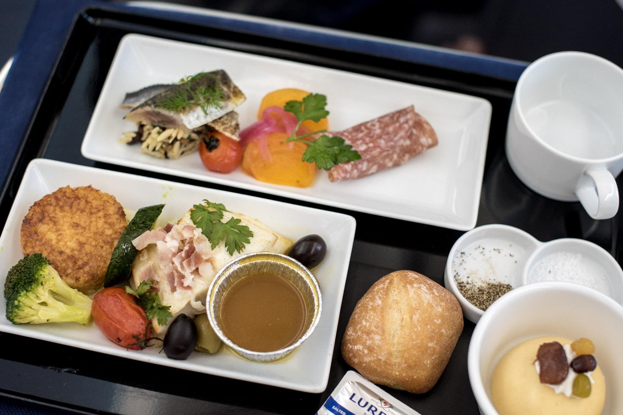 International Cuisine  ANA Business Class 787-900 - NH859 (HND-HKG)