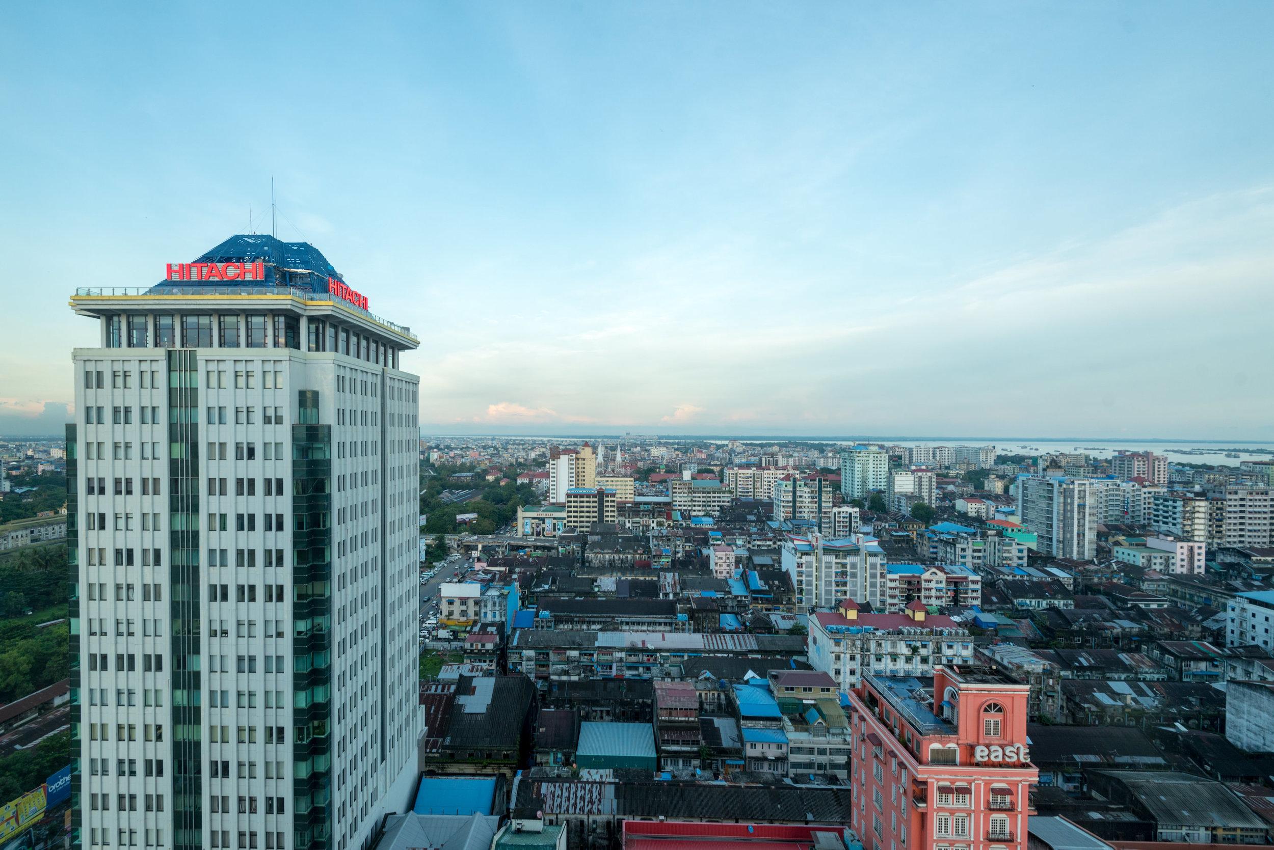 View from Bedroom  Horizon Club Room - Sule Shangri-La, Yangon