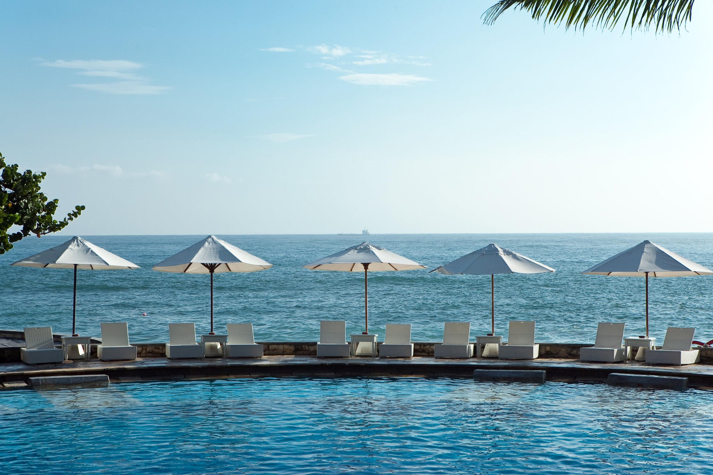 Swimming Pool by the Shore | Photo Credit: Hilton Bali Resort
