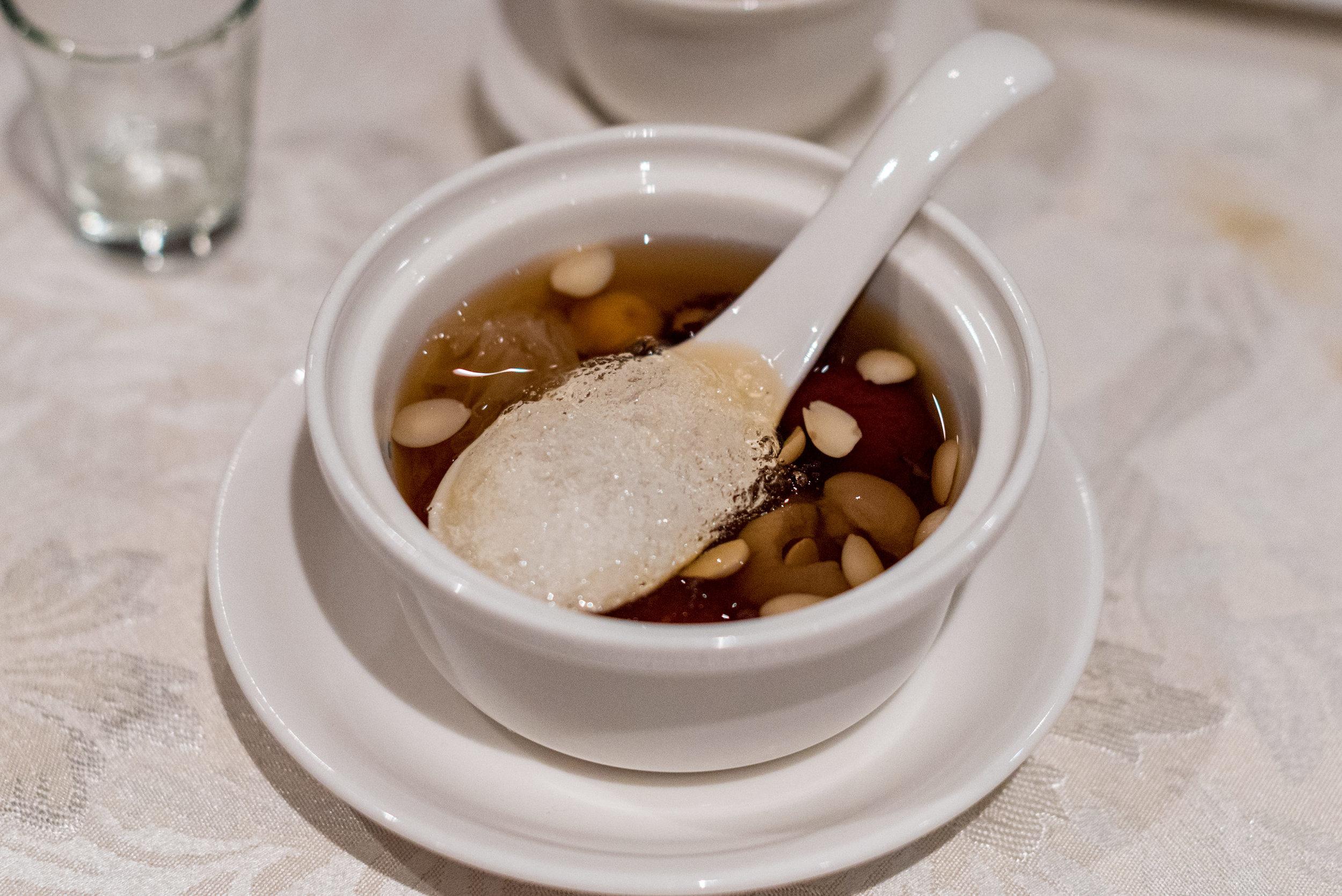 Auspicious Eight Treasures Tea with Snow Swallow  Hai Tien Lo - Pan Pacific Singapore