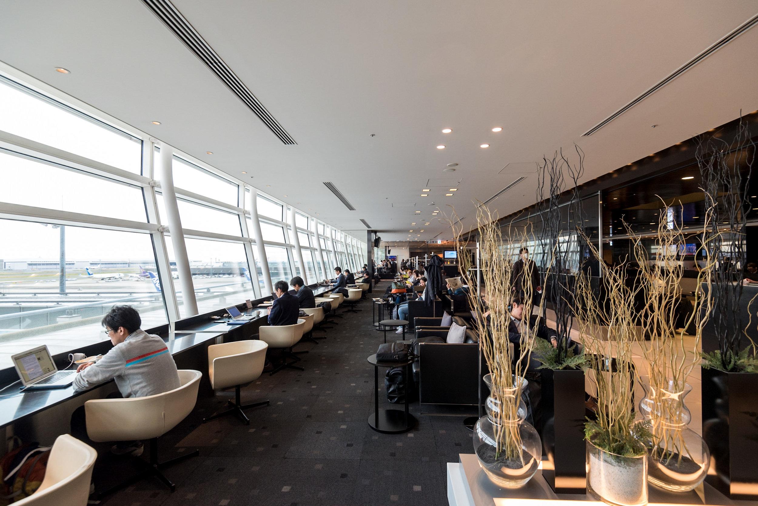 ANA Lounge  Haneda Airport (International Terminal)
