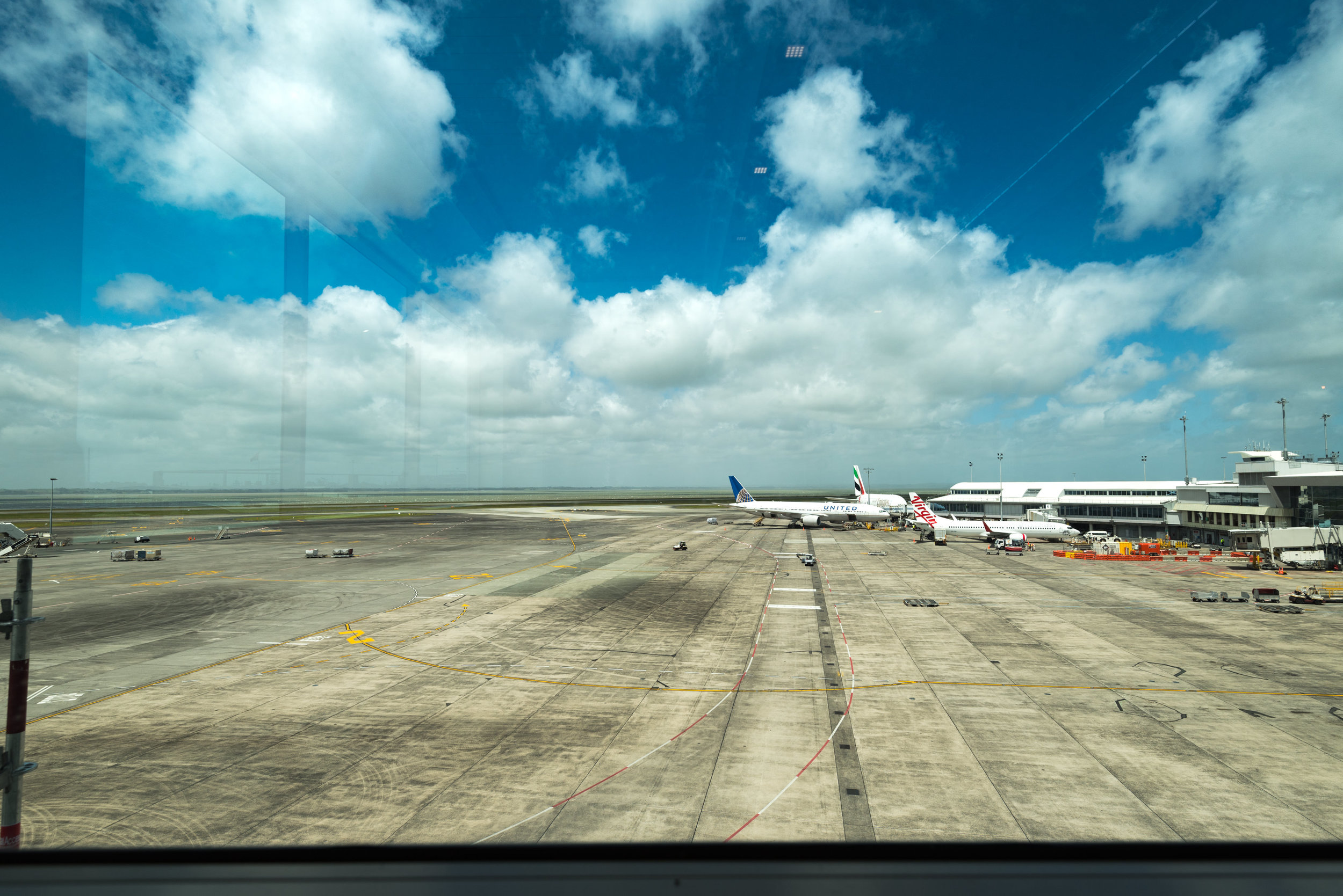 Runway View  Air New Zealand Auckland International Lounge (New Zealand)